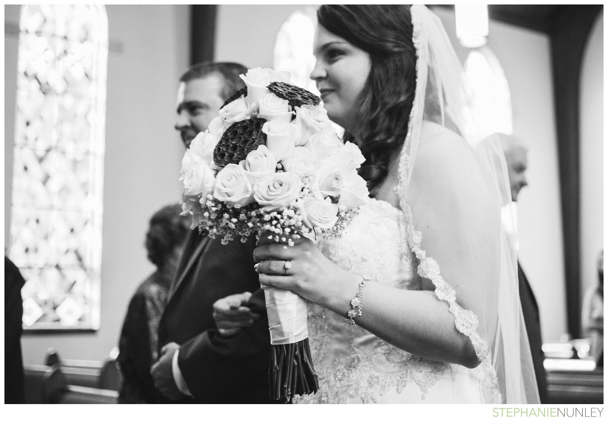 peach-and-navy-wedding-photos-018