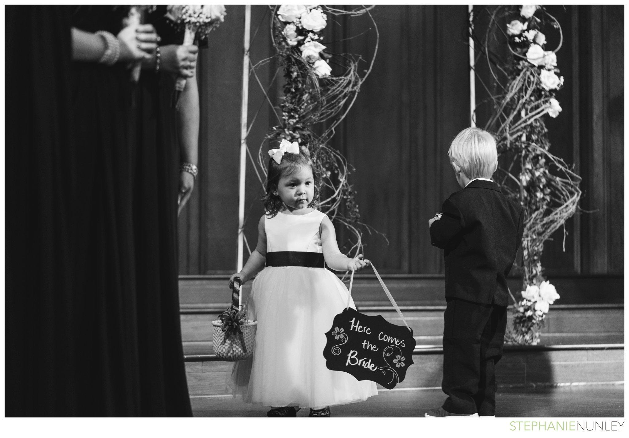 peach-and-navy-wedding-photos-019