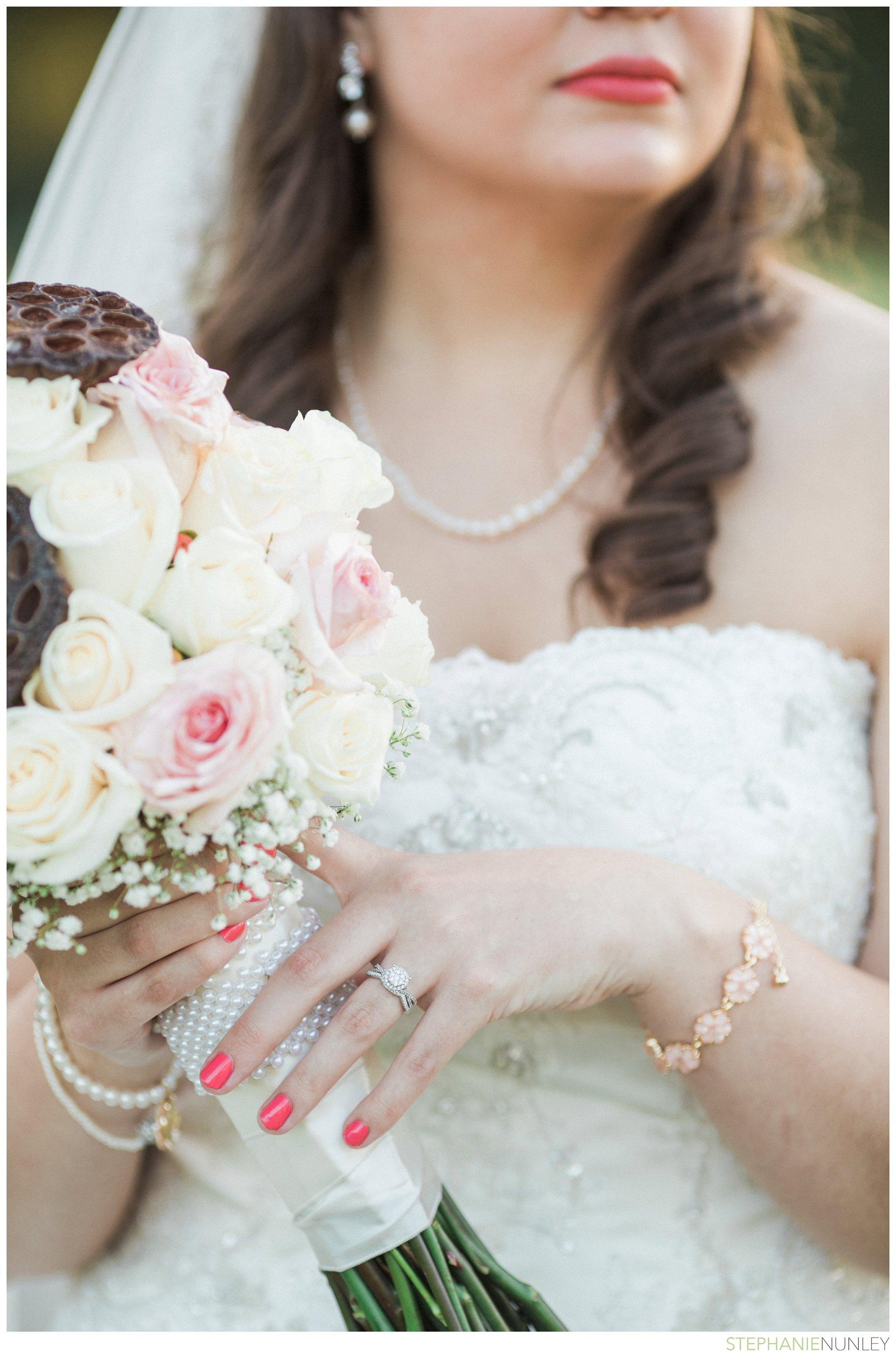 peach-and-navy-wedding-photos-034