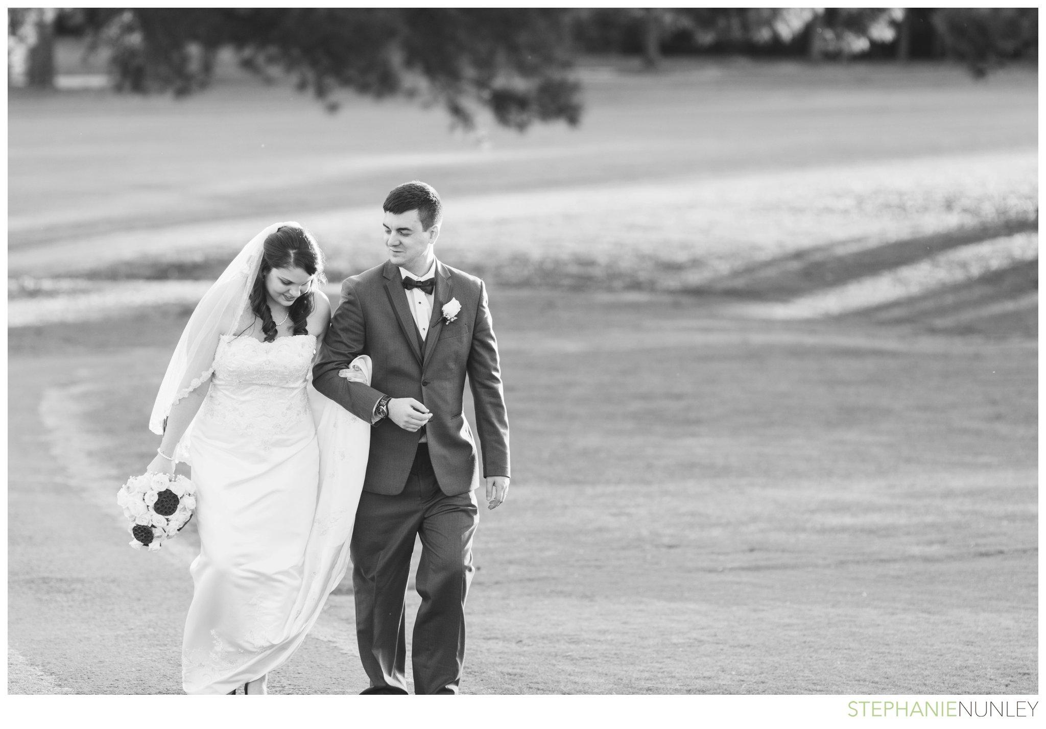 peach-and-navy-wedding-photos-036
