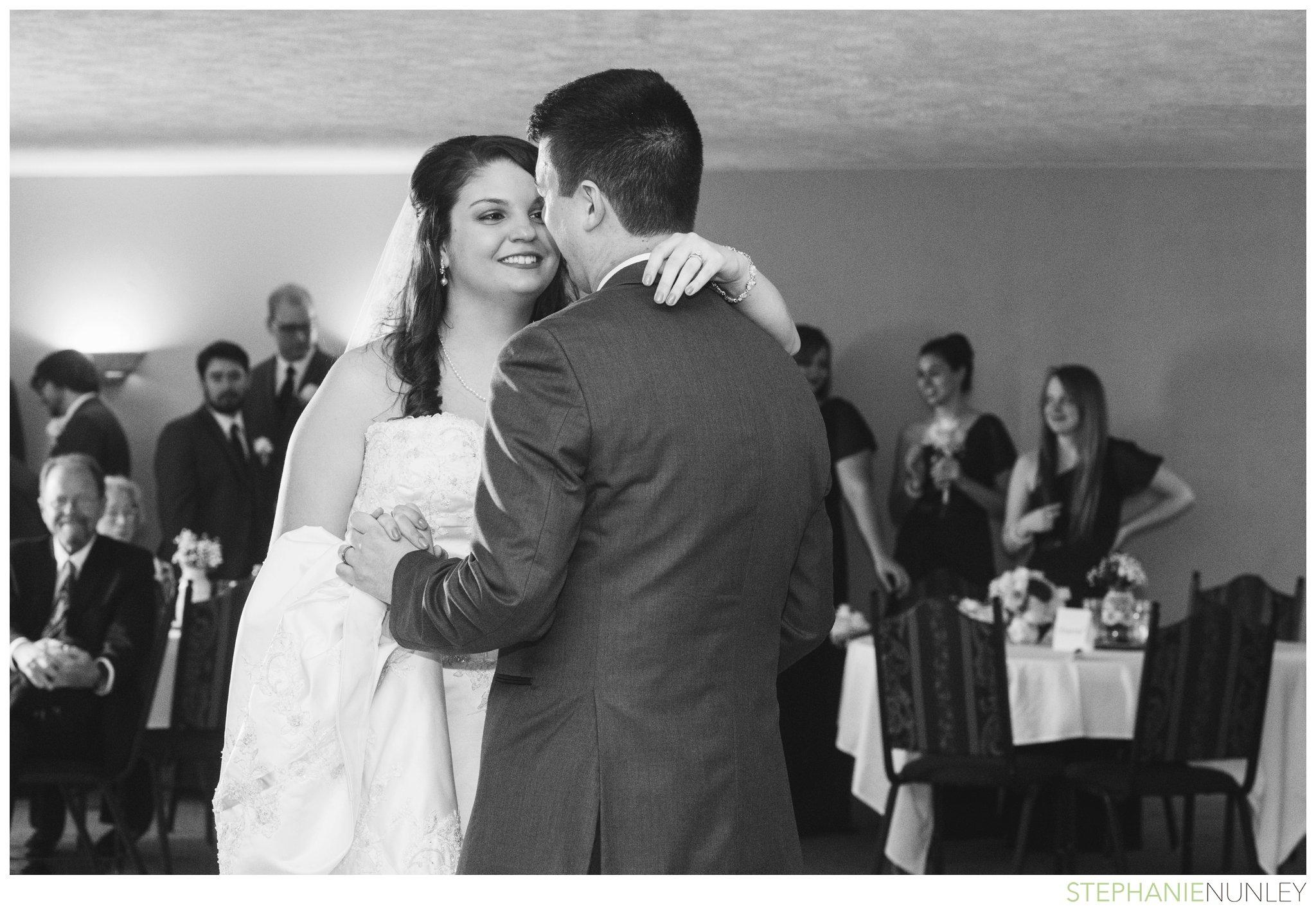 peach-and-navy-wedding-photos-038