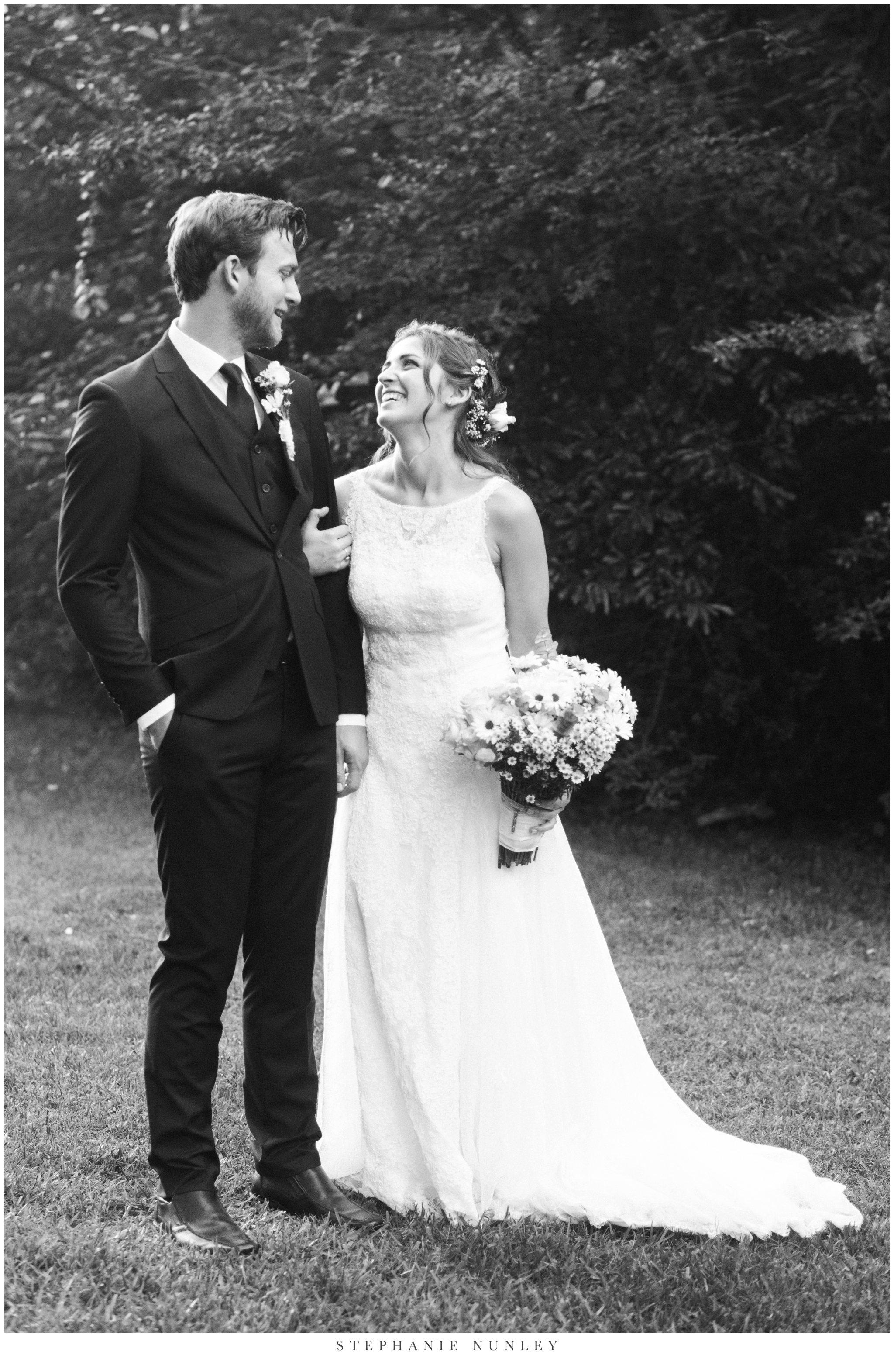 classic-elegant-backyard-wedding-photos-0037.jpg