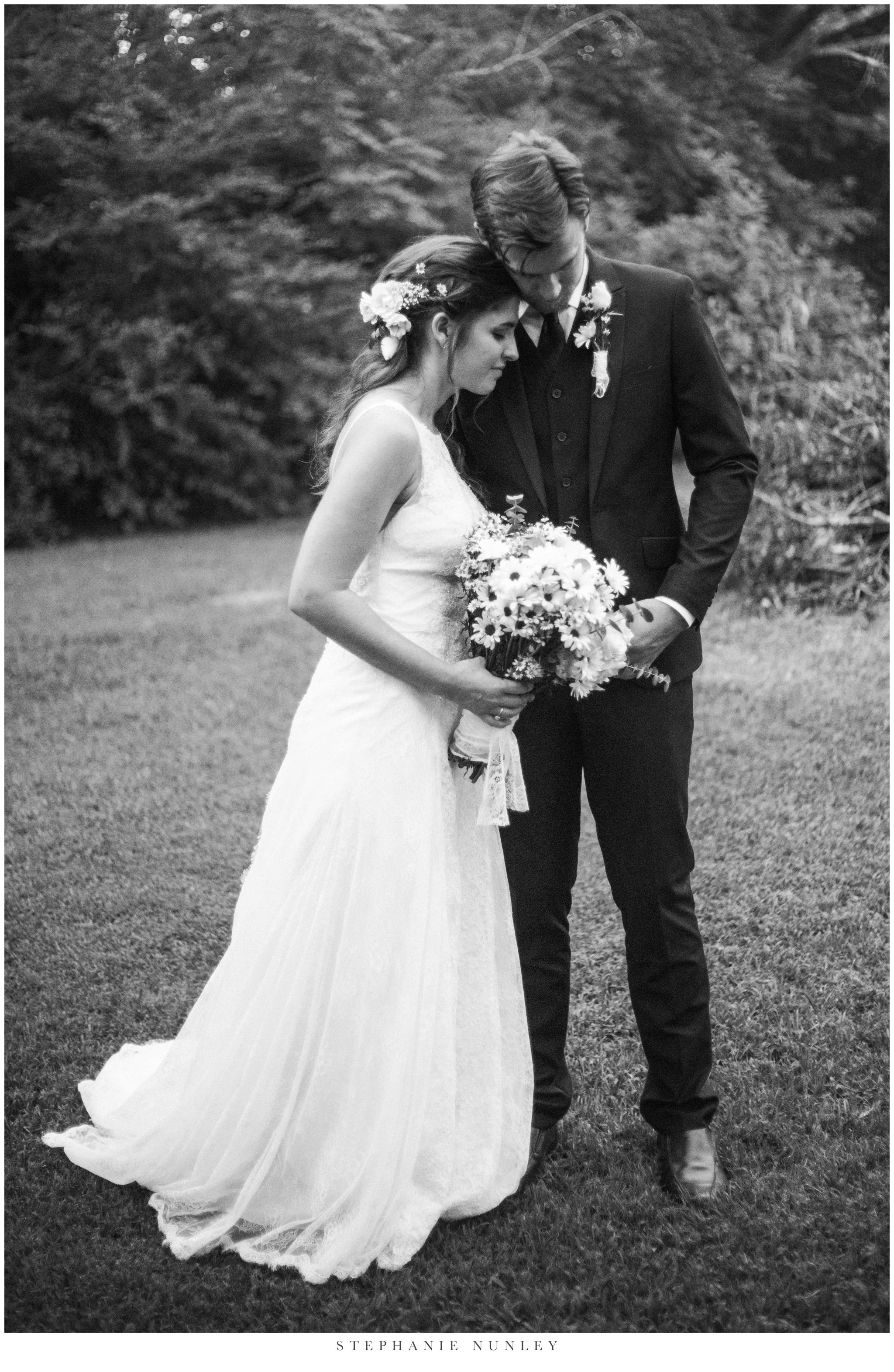 classic-elegant-backyard-wedding-photos-0049.jpg