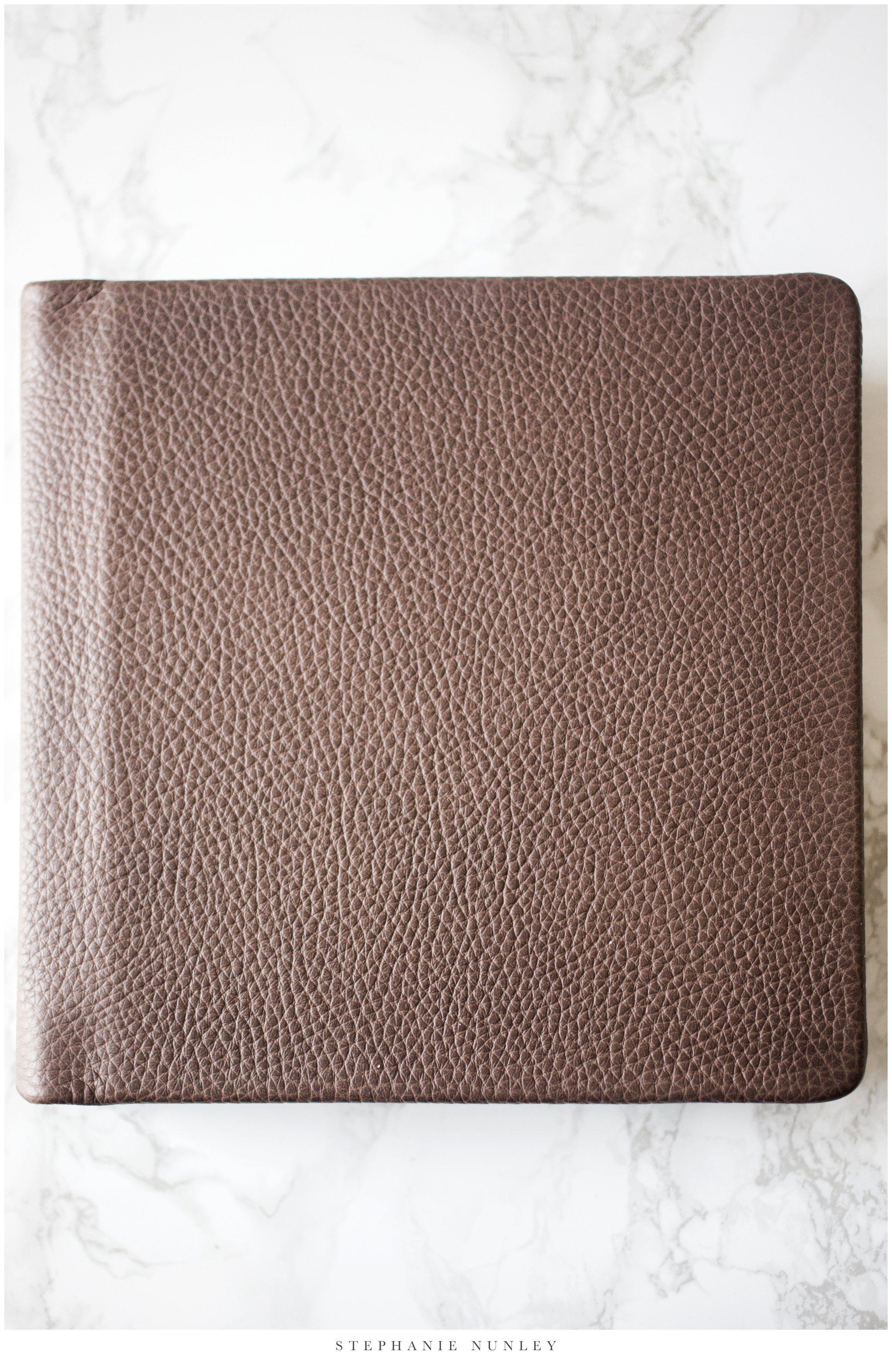 heirloom-leather-wedding-album-0002.jpg