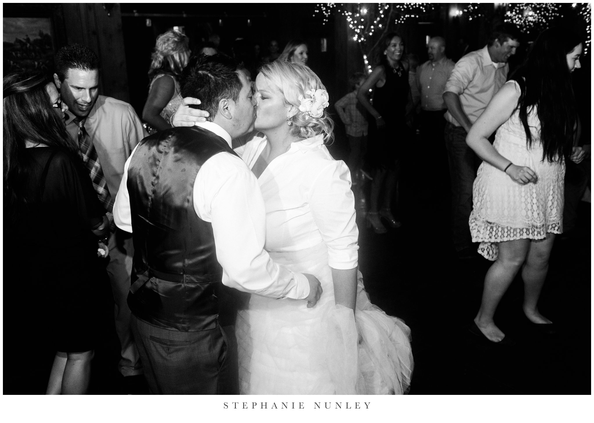 big-cedar-lodge-missouri-wedding-photos-0112.jpg