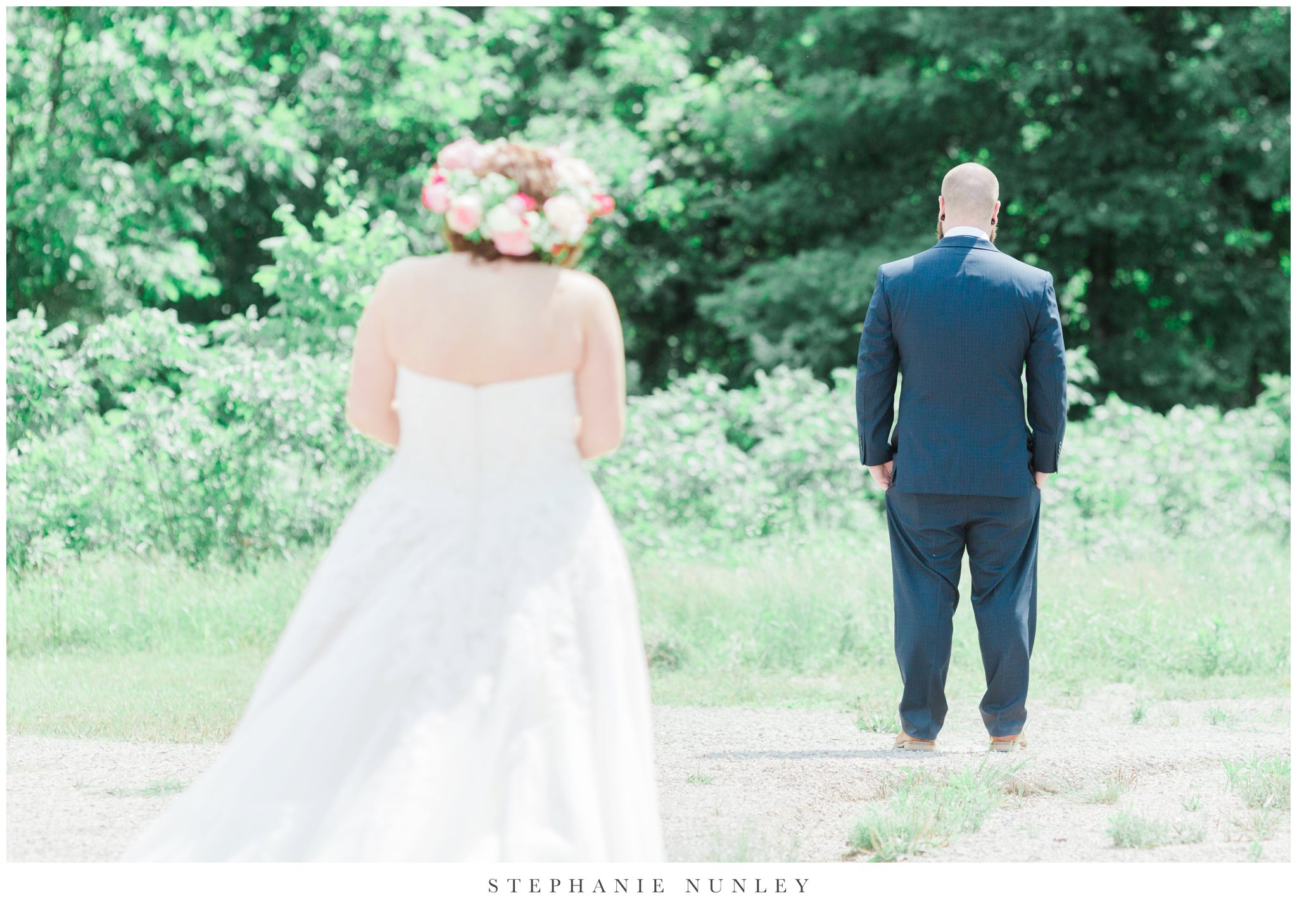 romantic-outdoor-wedding-with-flower-crown-0027.jpg