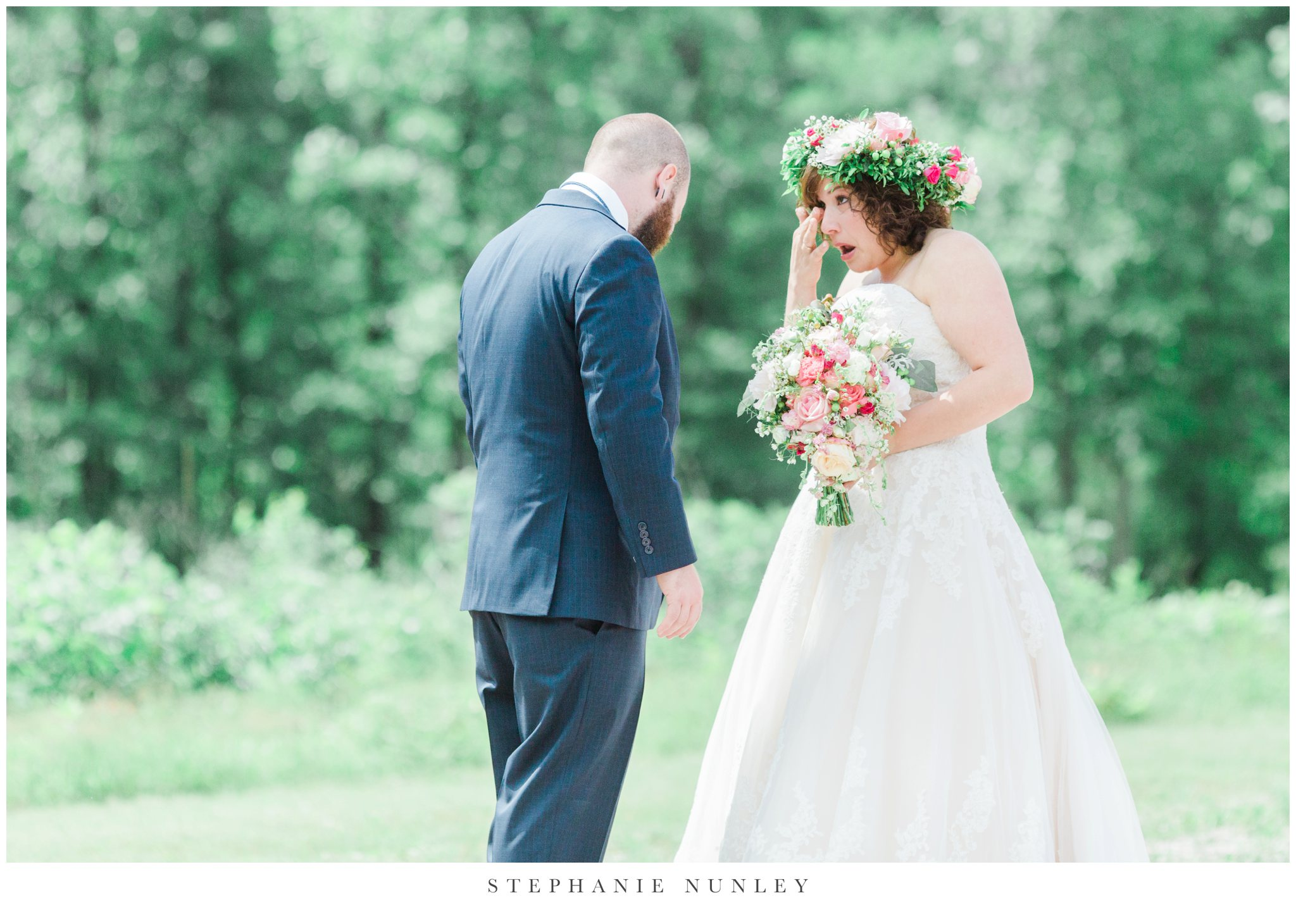 romantic-outdoor-wedding-with-flower-crown-0031.jpg
