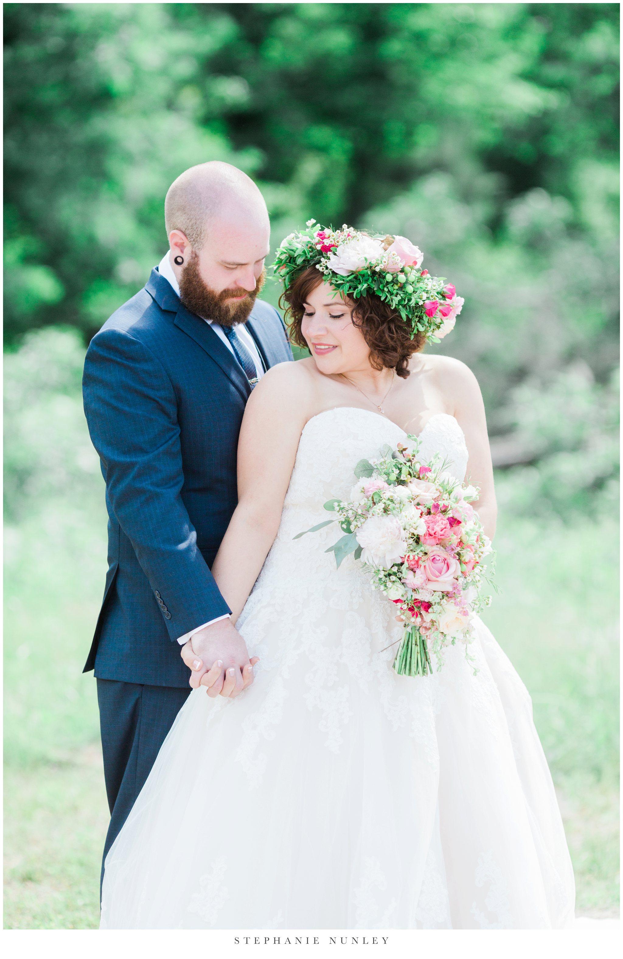 romantic-outdoor-wedding-with-flower-crown-0040.jpg