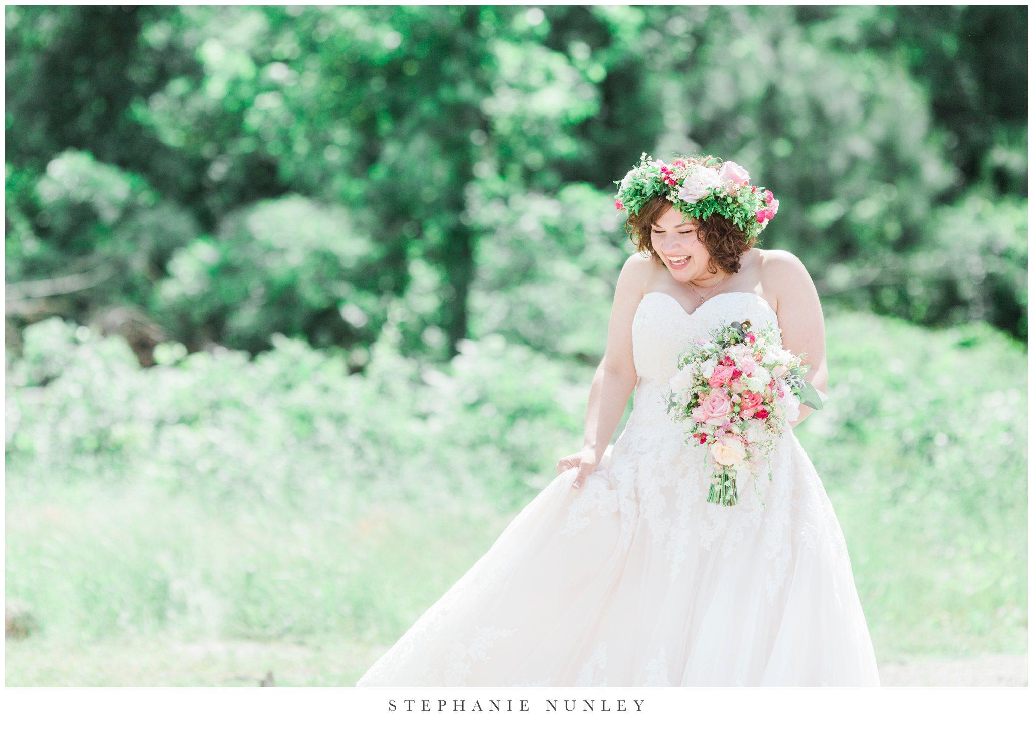 romantic-outdoor-wedding-with-flower-crown-0051.jpg