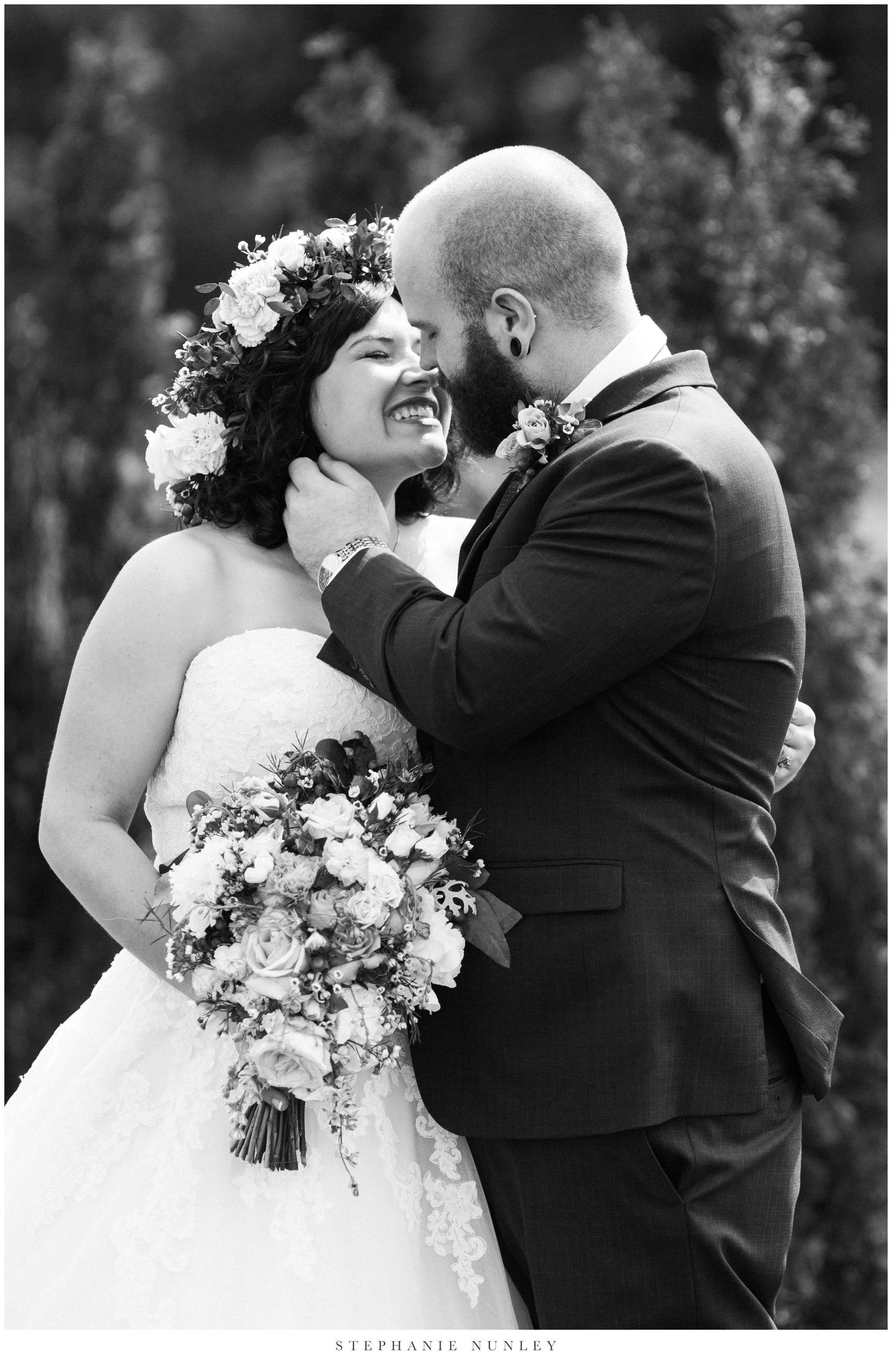 romantic-outdoor-wedding-with-flower-crown-0065.jpg