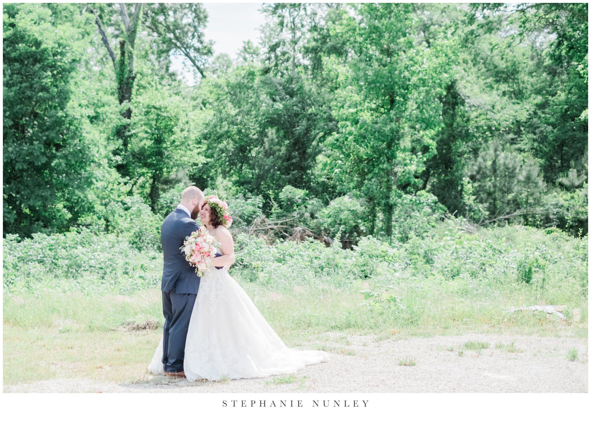 romantic-outdoor-wedding-with-flower-crown-0070.jpg