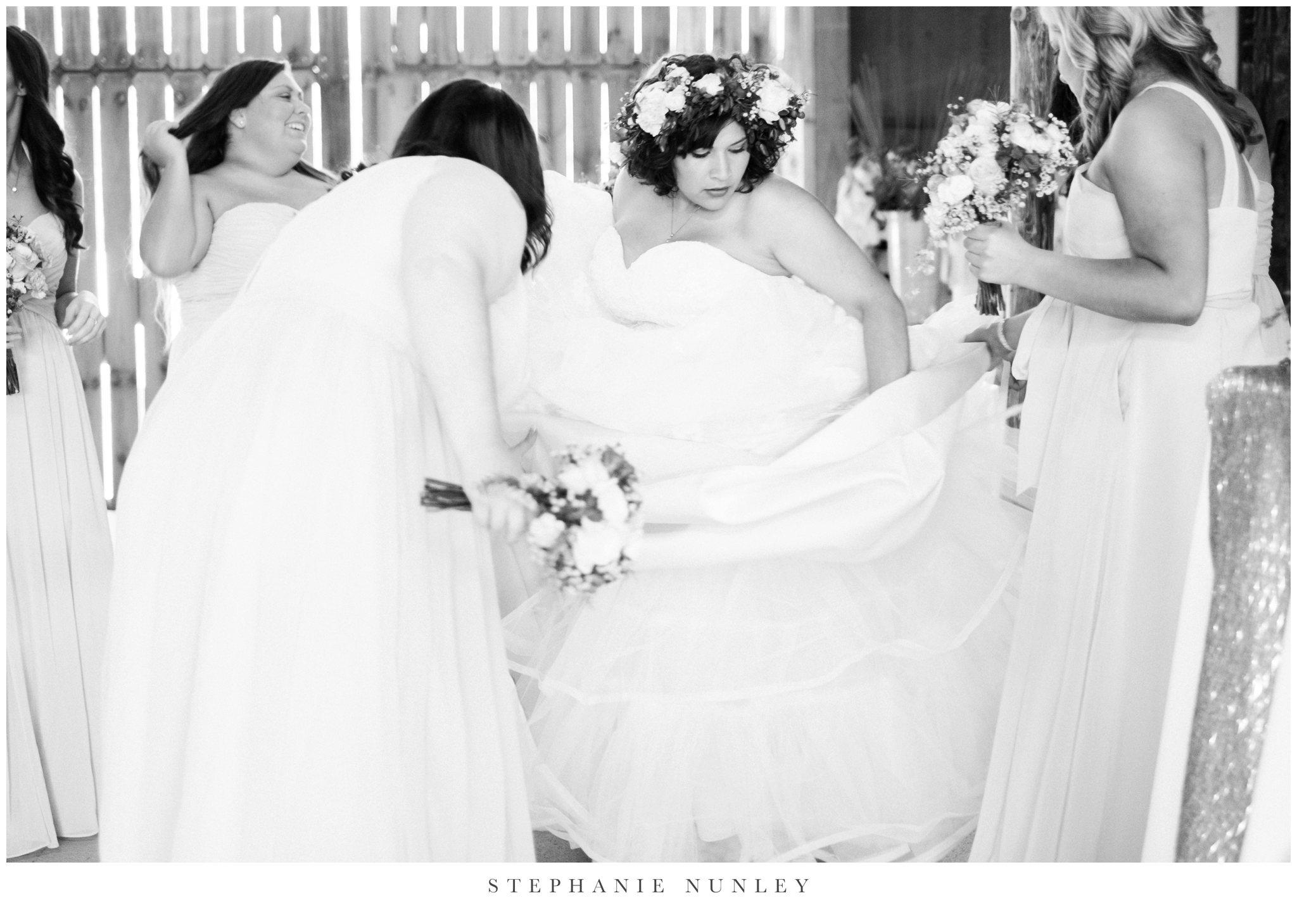 romantic-outdoor-wedding-with-flower-crown-0093.jpg