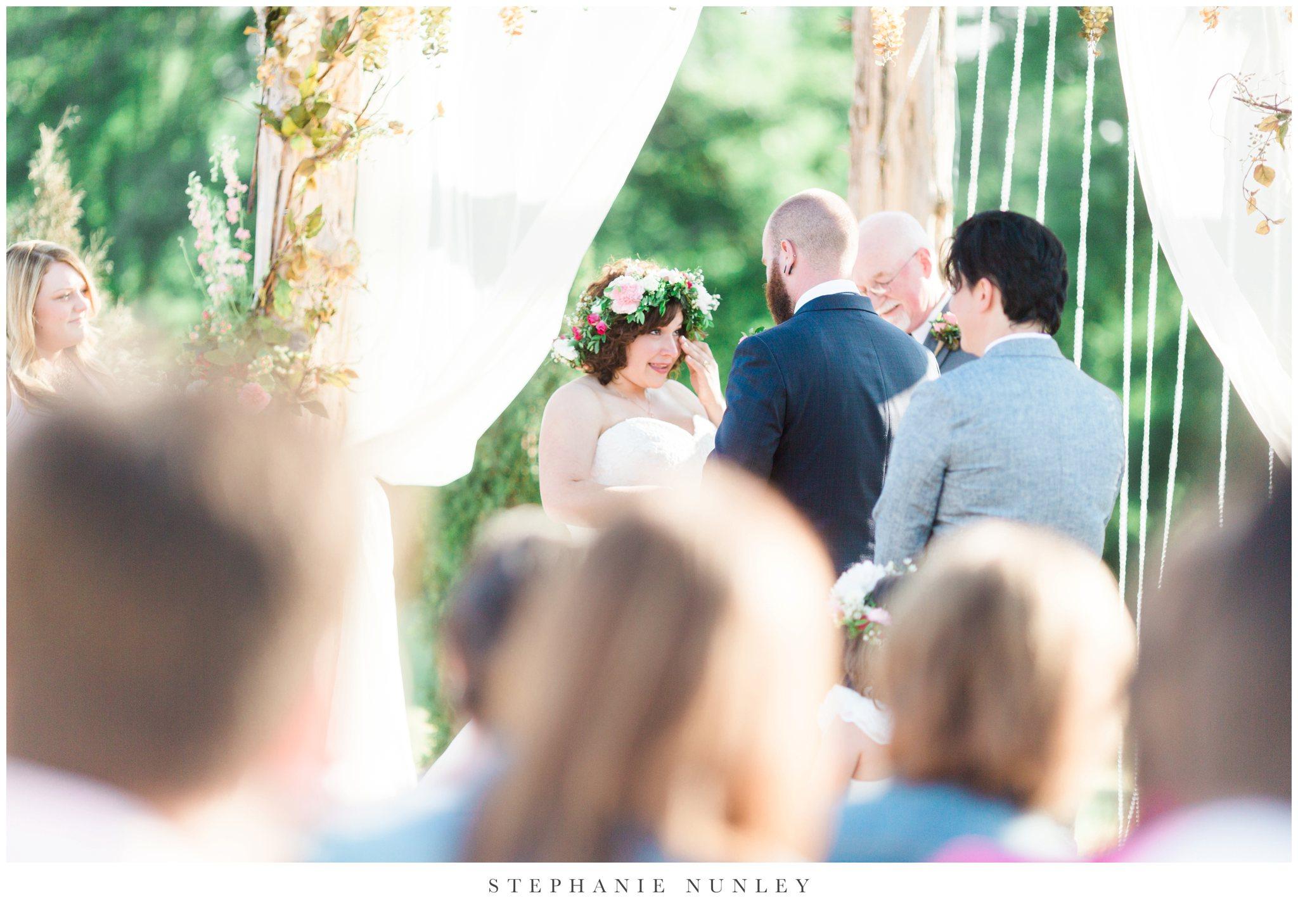 romantic-outdoor-wedding-with-flower-crown-0094.jpg