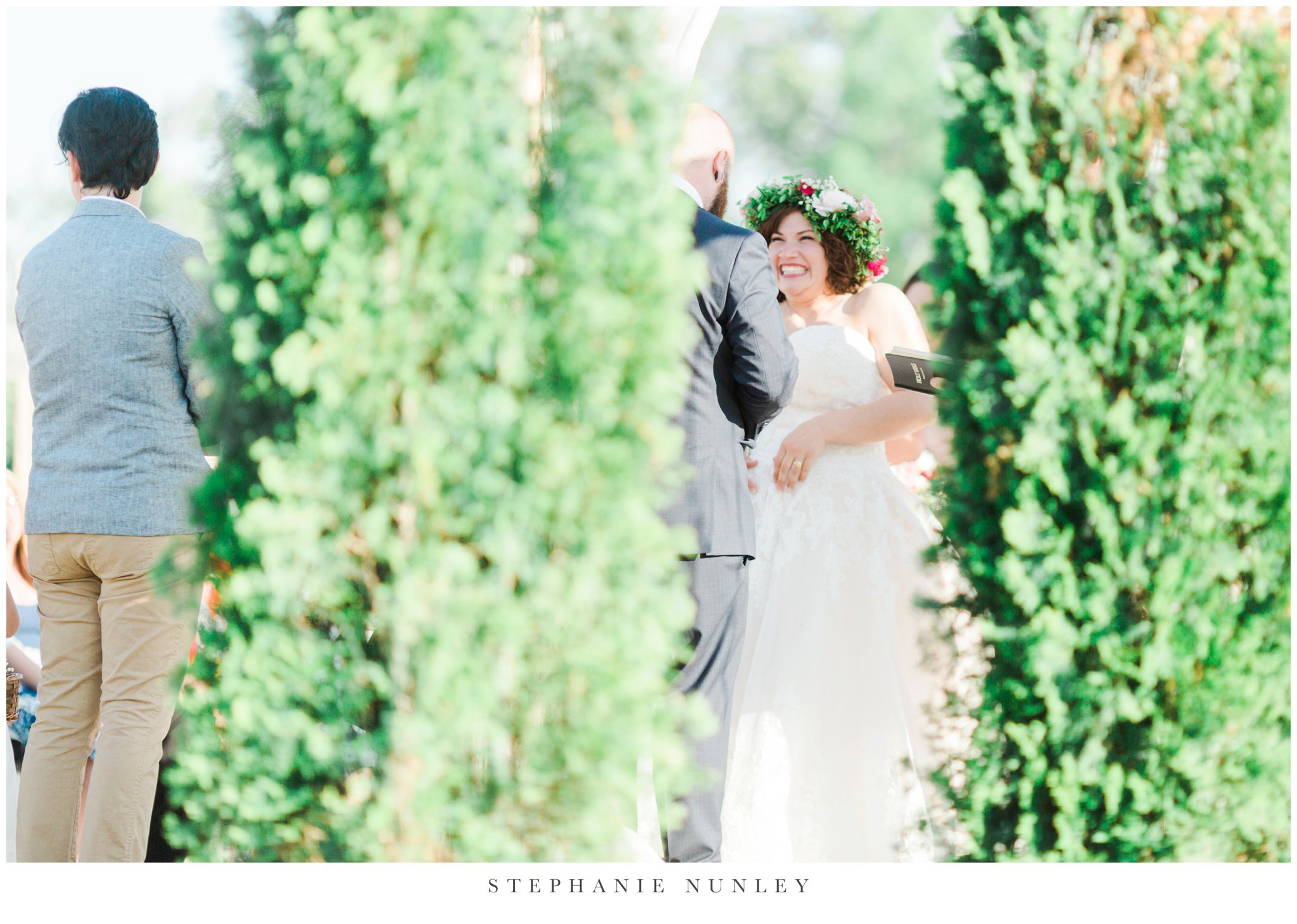romantic-outdoor-wedding-with-flower-crown-0095.jpg