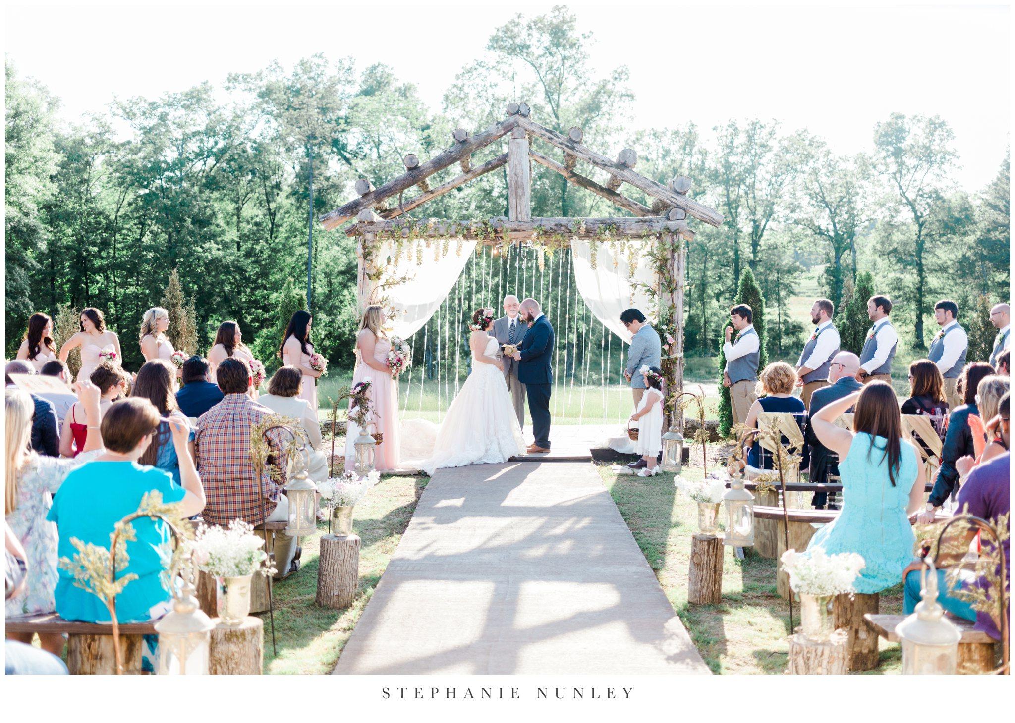 romantic-outdoor-wedding-with-flower-crown-0099.jpg
