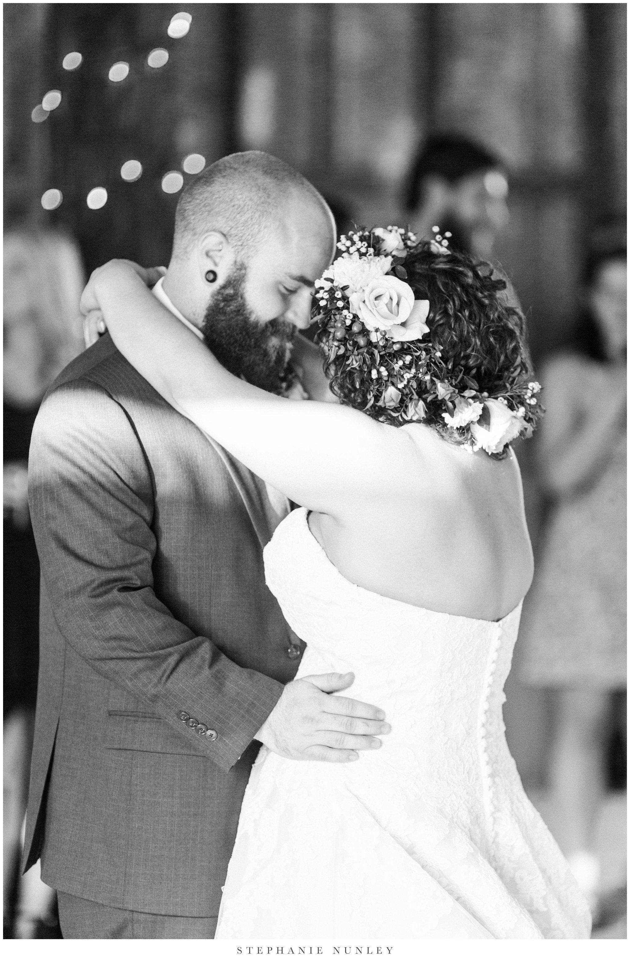 romantic-outdoor-wedding-with-flower-crown-0131.jpg