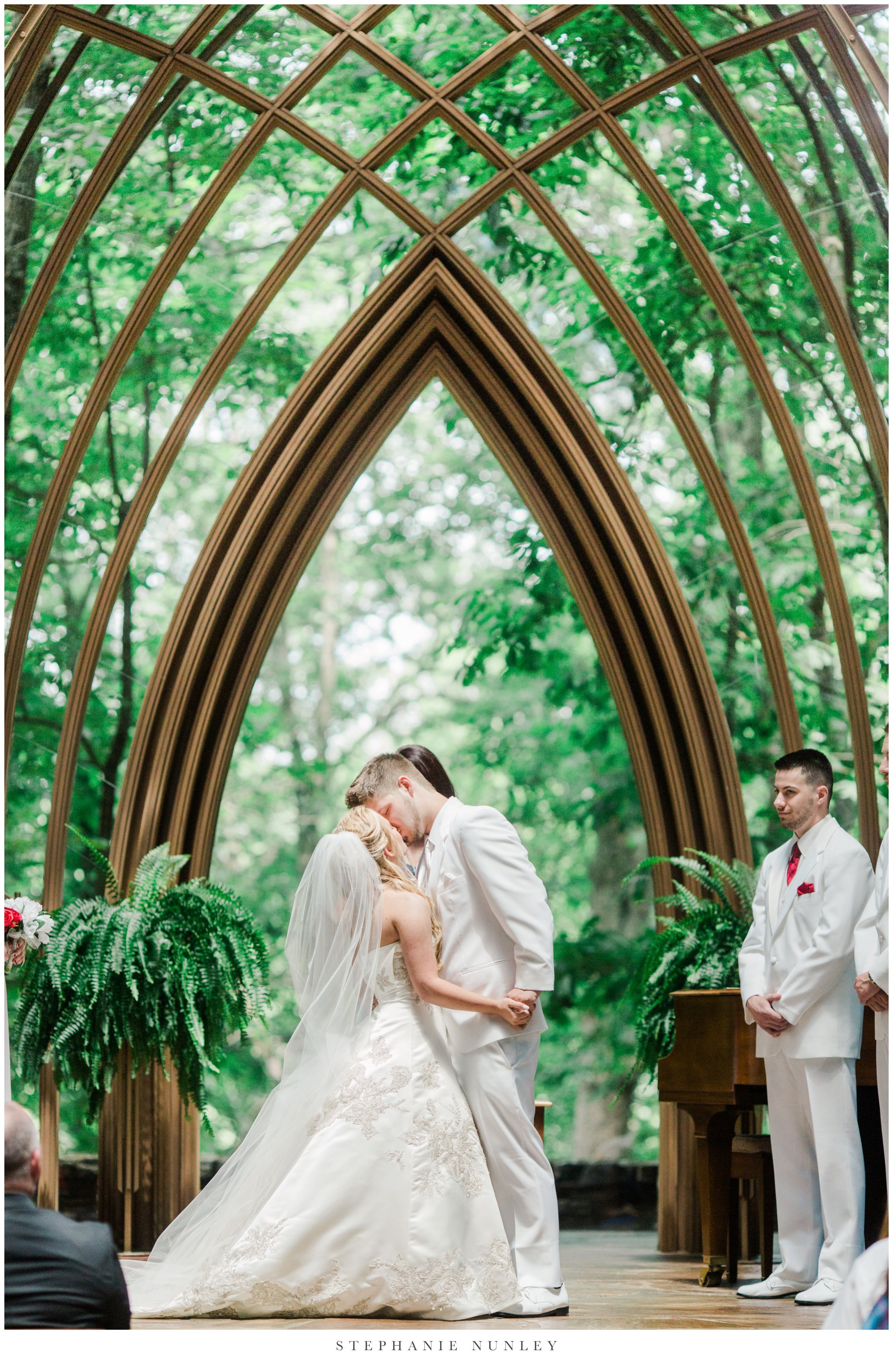 cooper-chapel-bella-vista-wedding-photos-0018.jpg