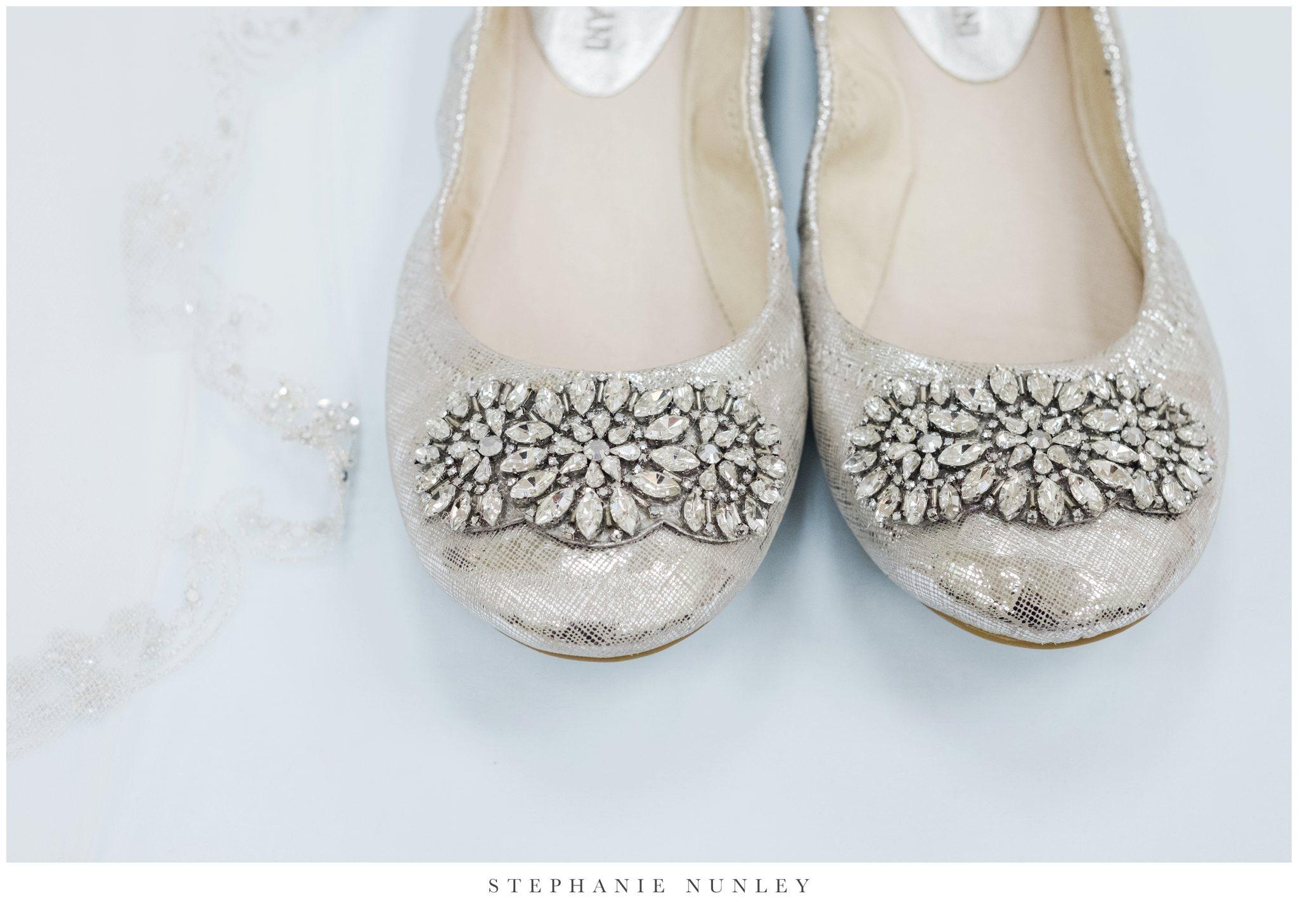 glass-chapel-wedding-photos-0001.jpg
