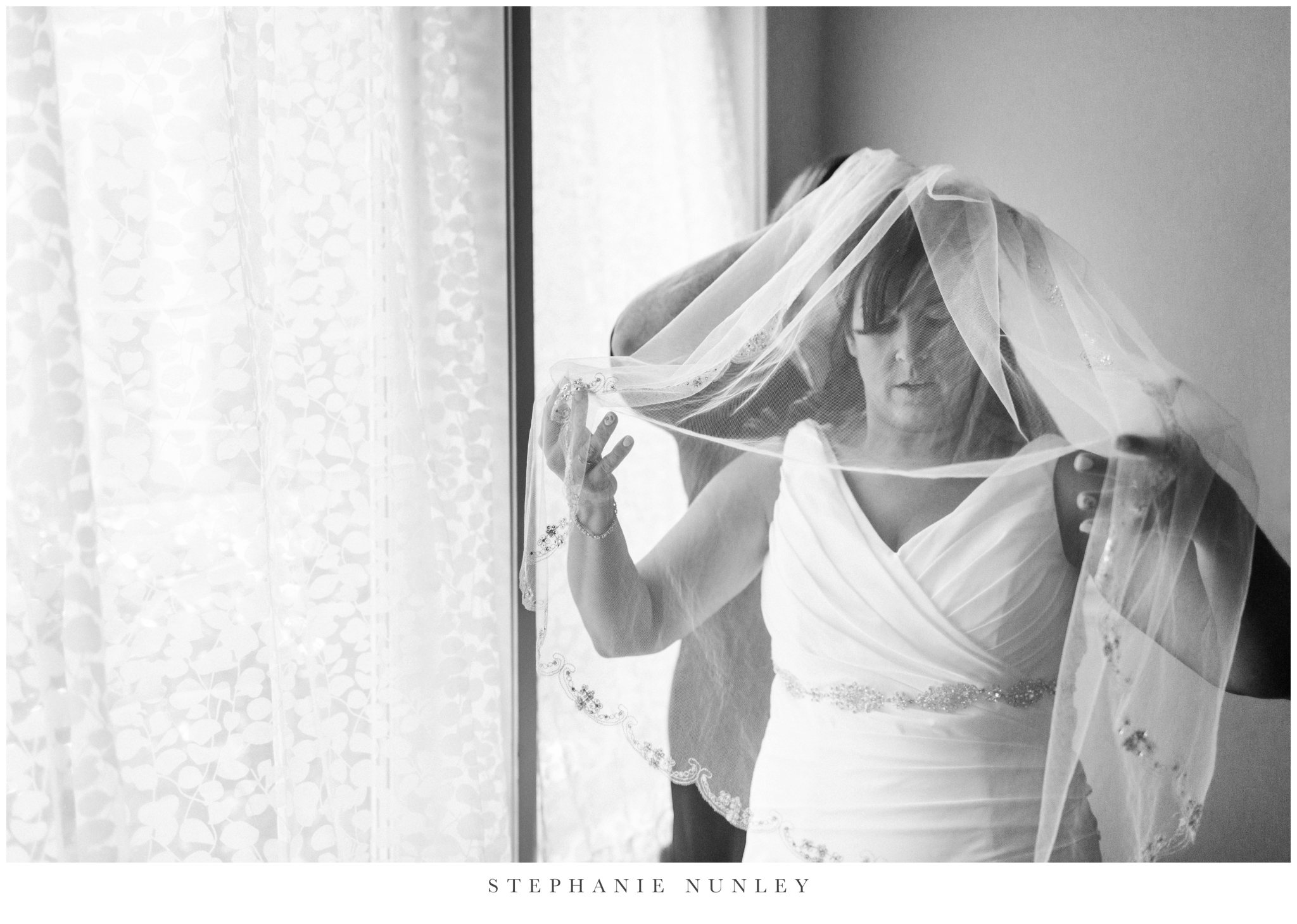 glass-chapel-wedding-photos-0018.jpg