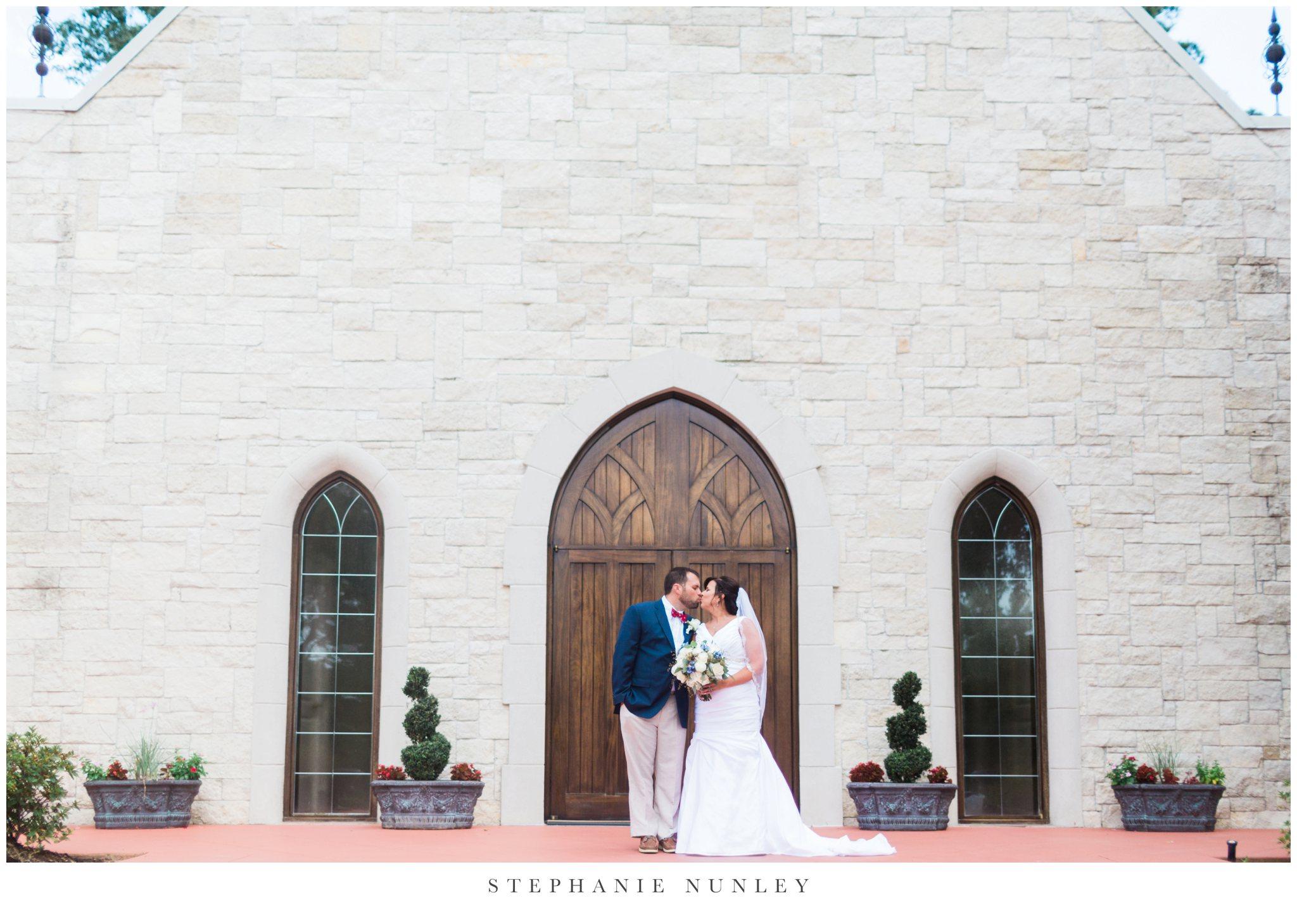 glass-chapel-wedding-photos-0050.jpg