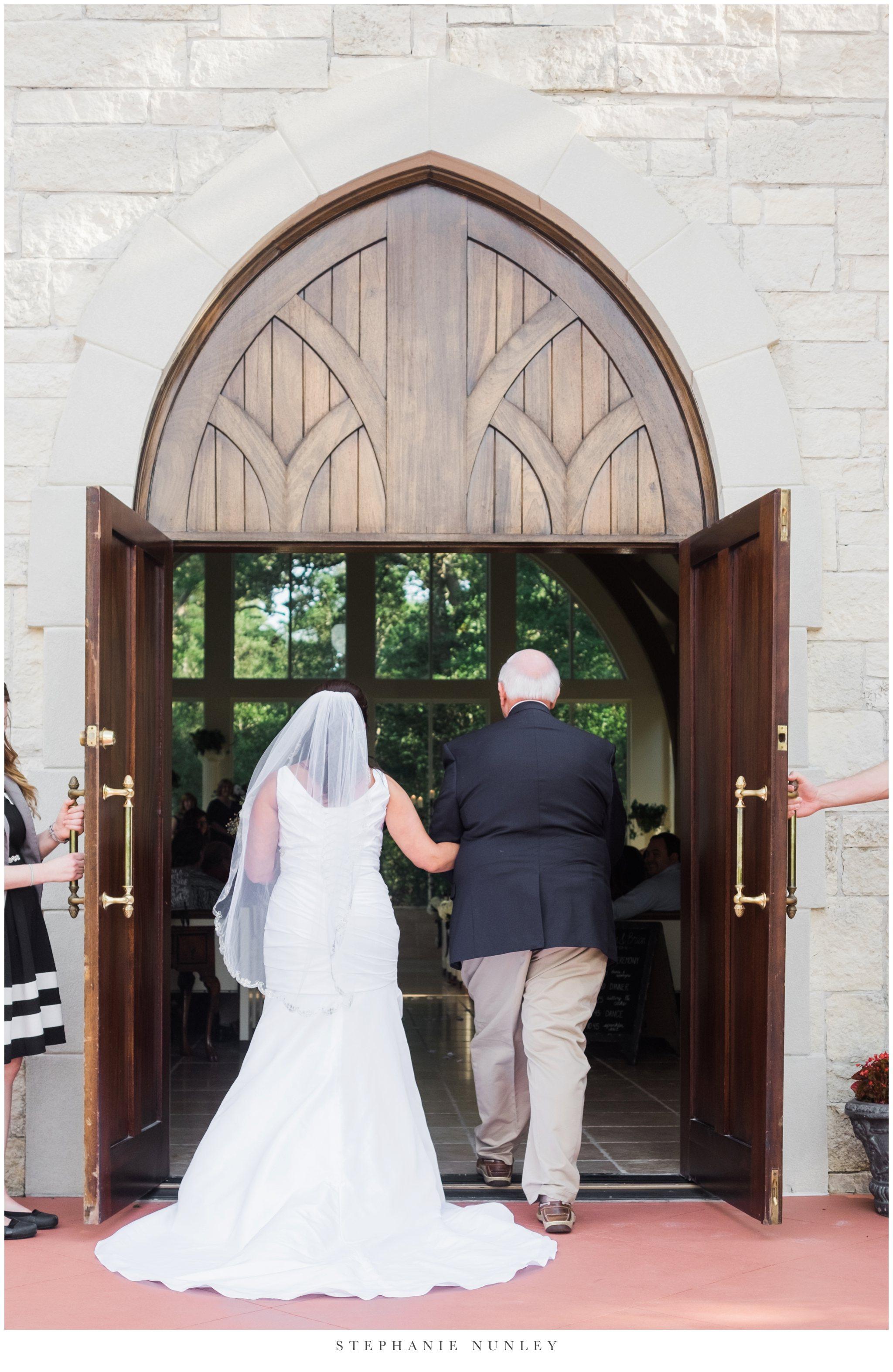 glass-chapel-wedding-photos-0064.jpg