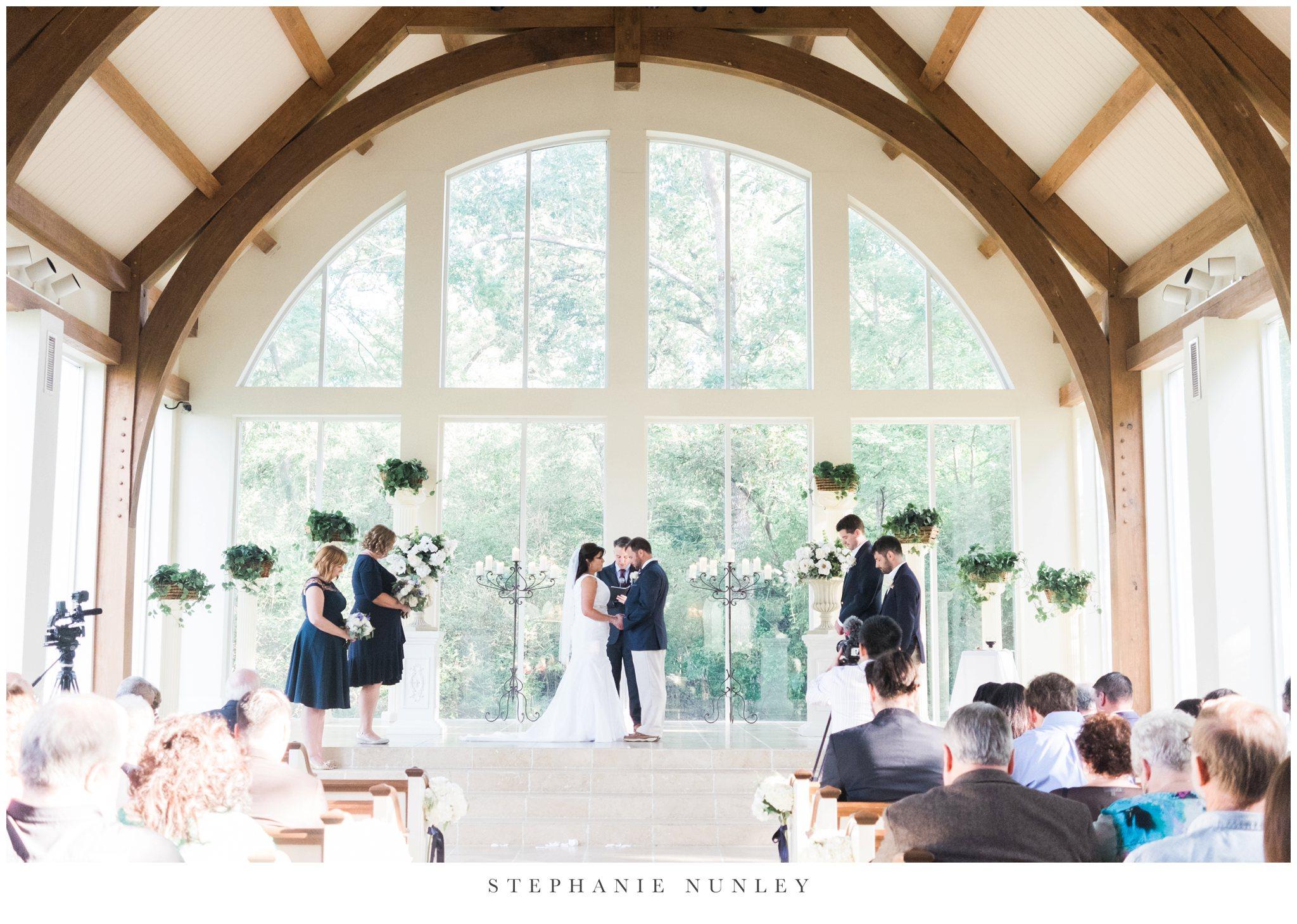 glass-chapel-wedding-photos-0071.jpg