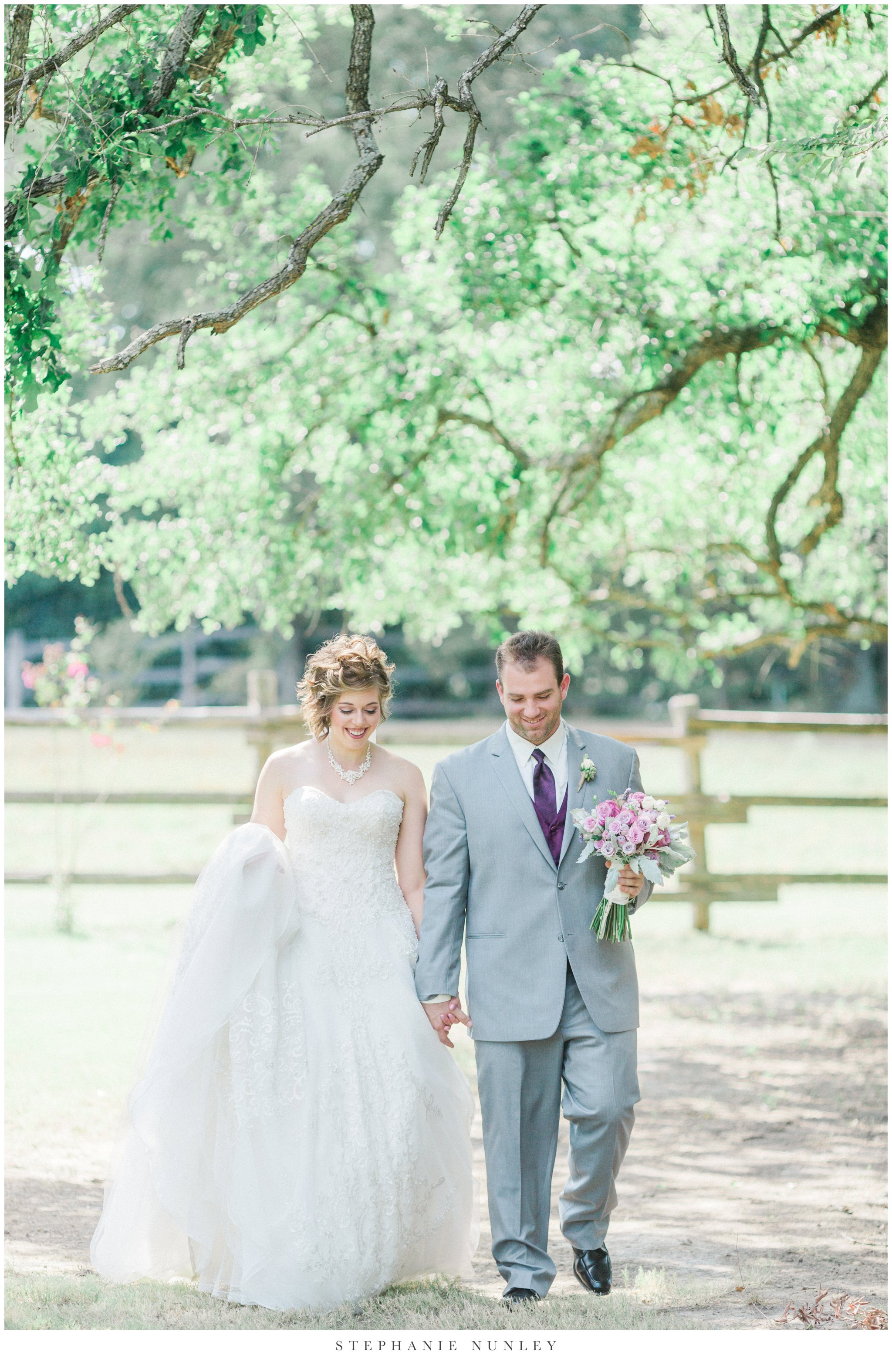 southern-classy-outdoor-barn-wedding-photos-0036.jpg