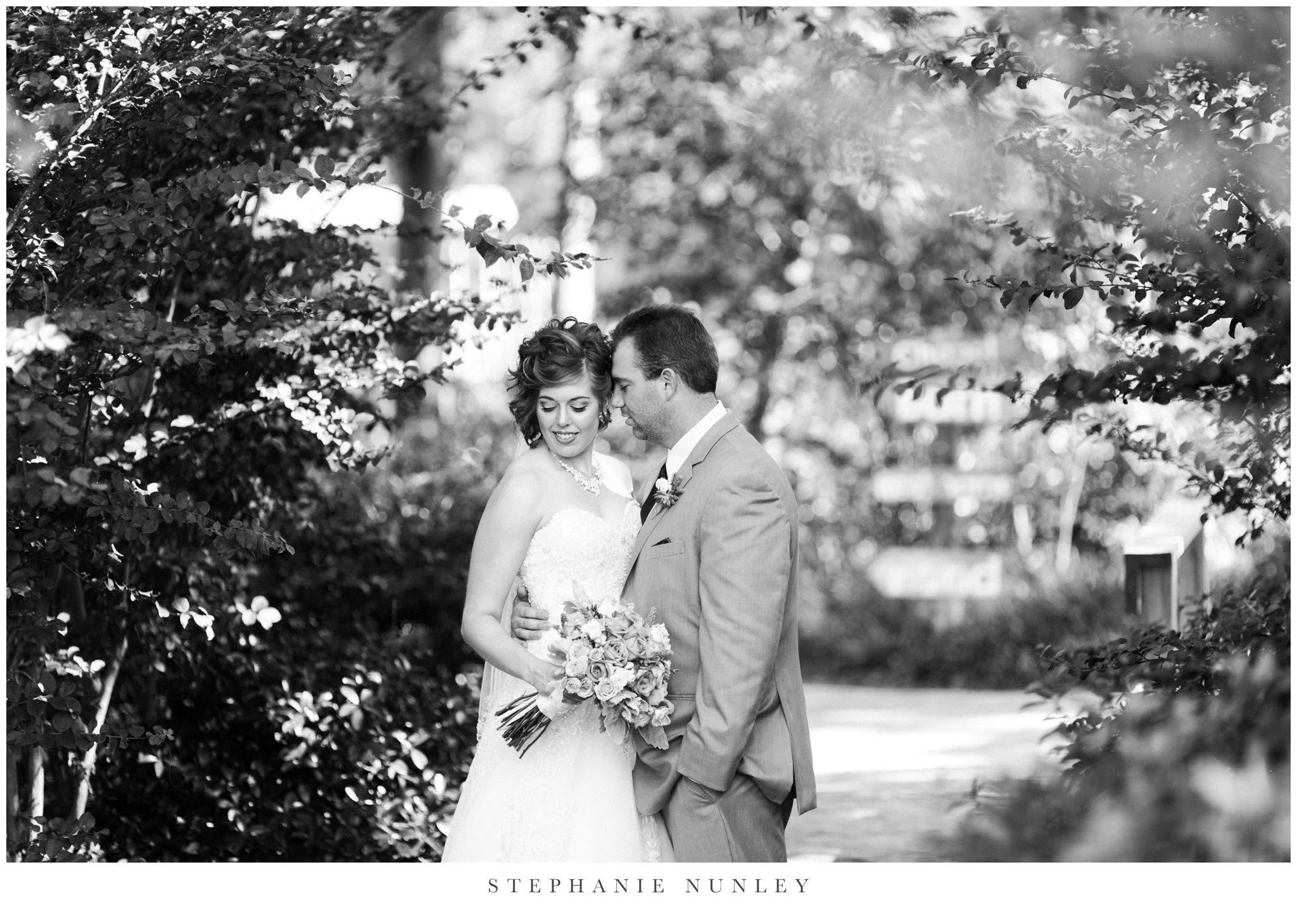 southern-classy-outdoor-barn-wedding-photos-0045.jpg
