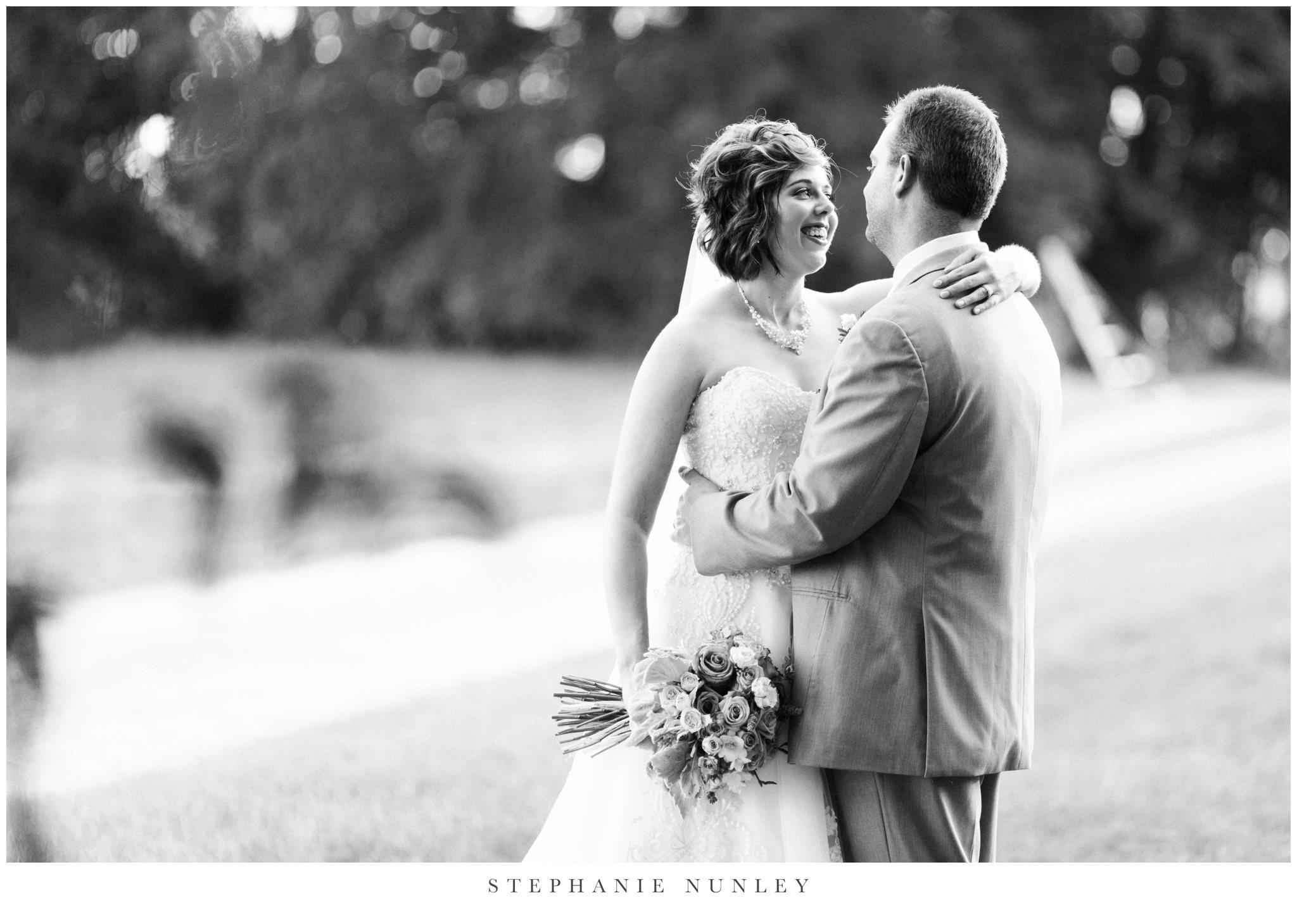southern-classy-outdoor-barn-wedding-photos-0090.jpg