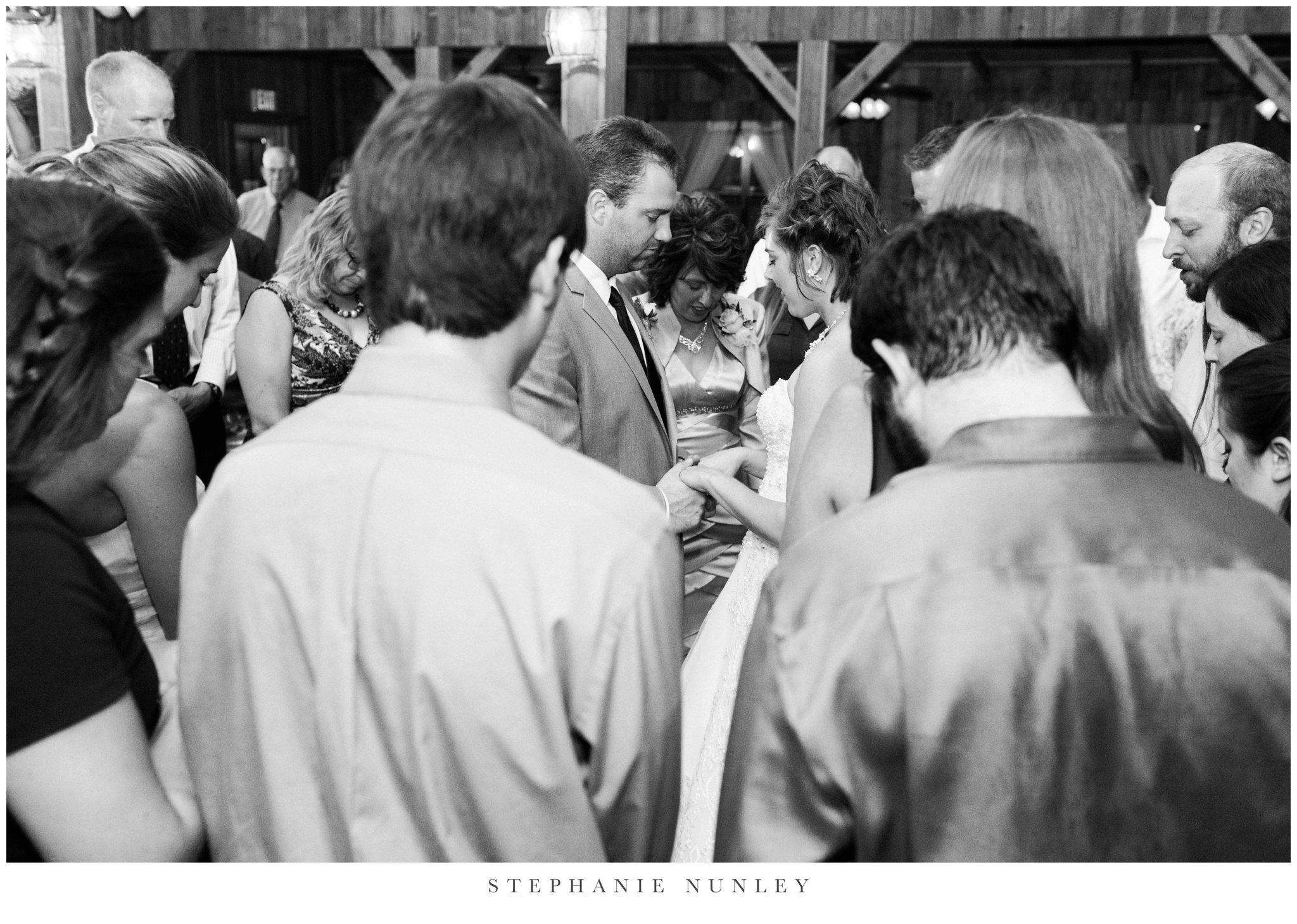 southern-classy-outdoor-barn-wedding-photos-0122.jpg
