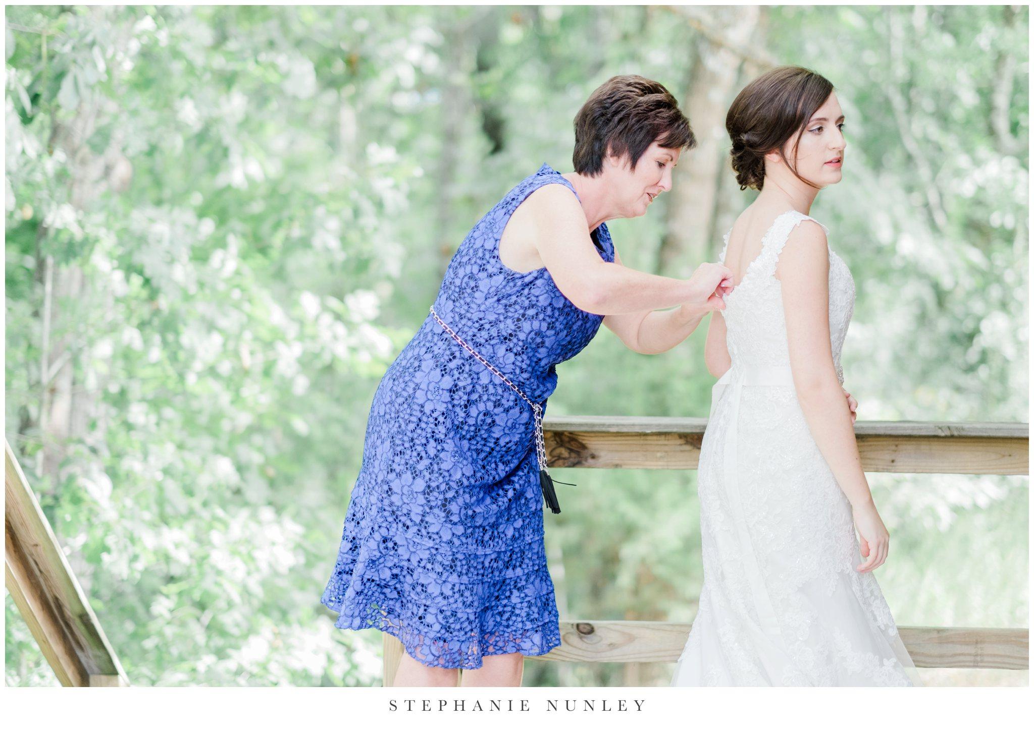 arkansas-outdoor-film-inspired-wedding-0021.jpg