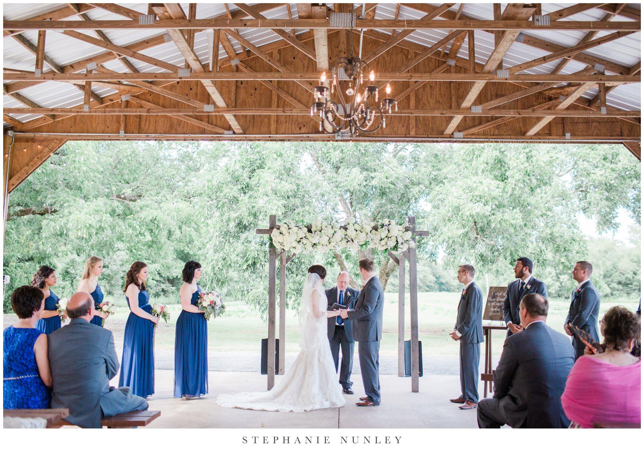arkansas-outdoor-film-inspired-wedding-0037.jpg