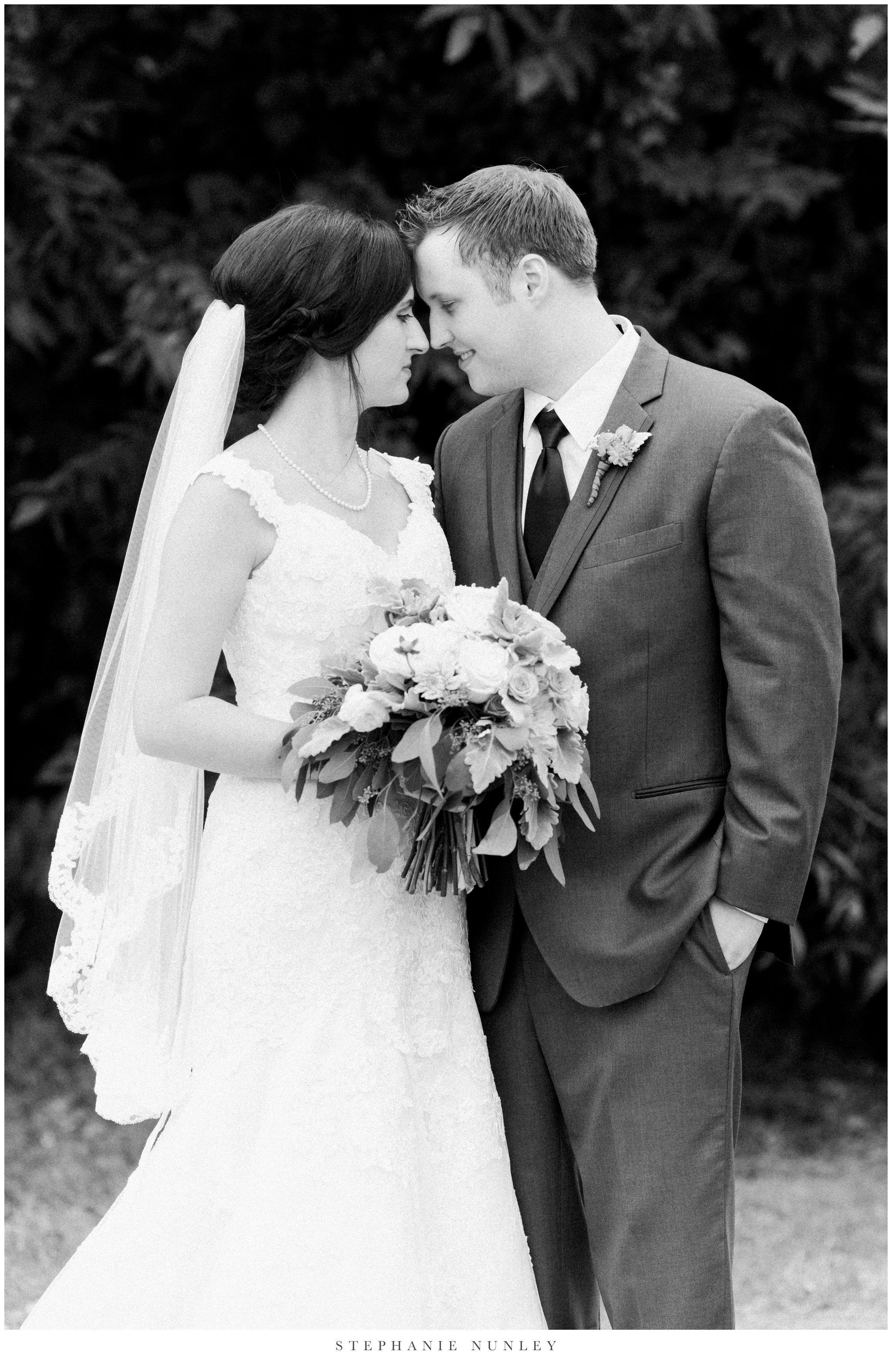 arkansas-outdoor-film-inspired-wedding-0062.jpg