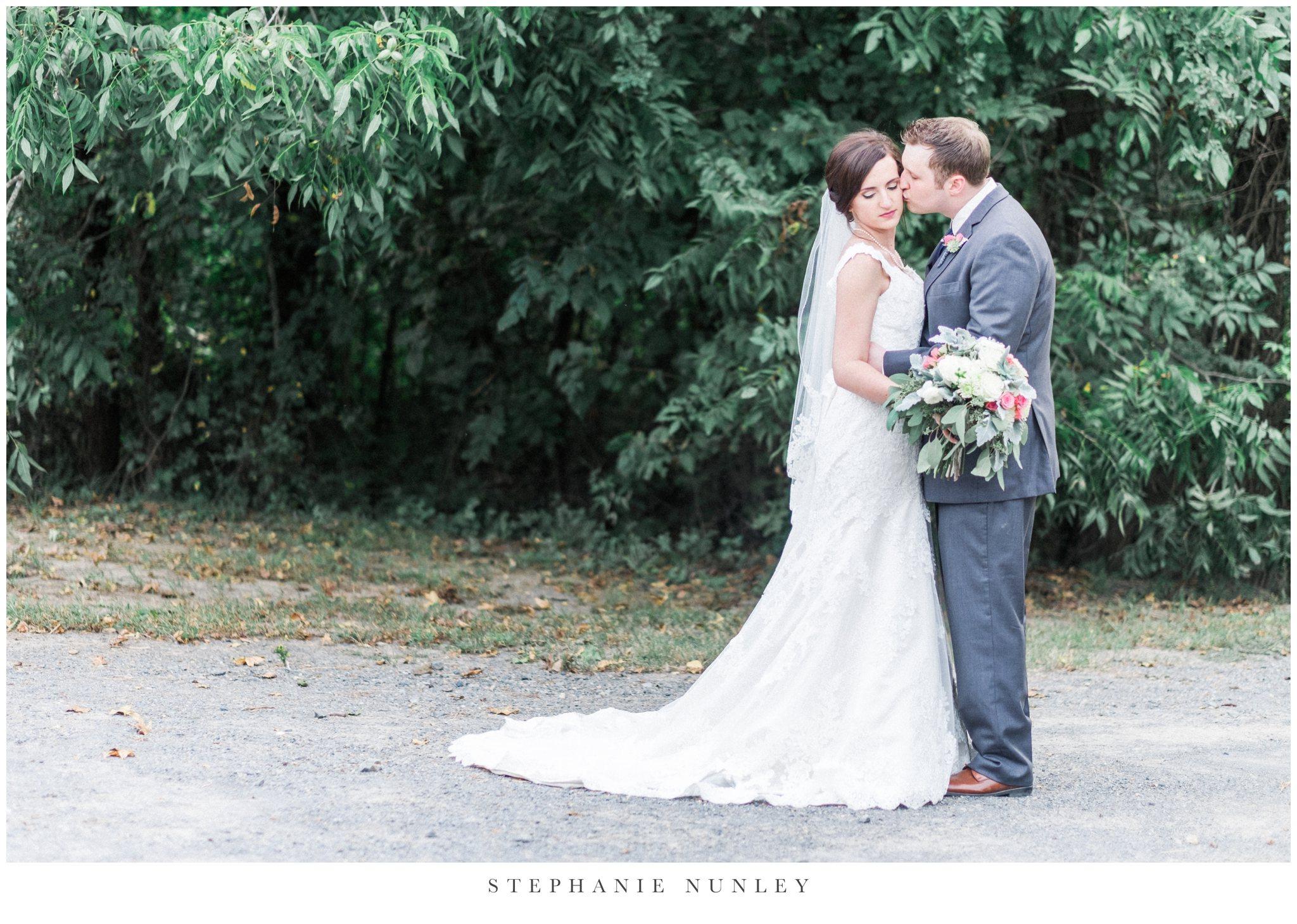 arkansas-outdoor-film-inspired-wedding-0069.jpg