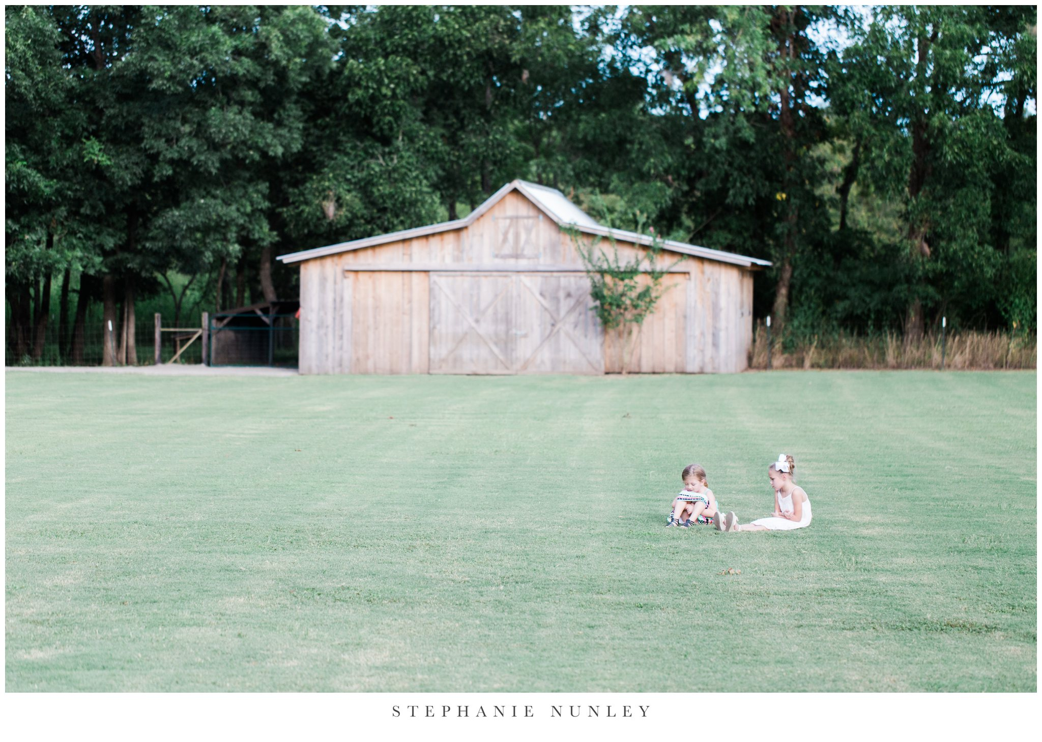 arkansas-outdoor-film-inspired-wedding-0085.jpg