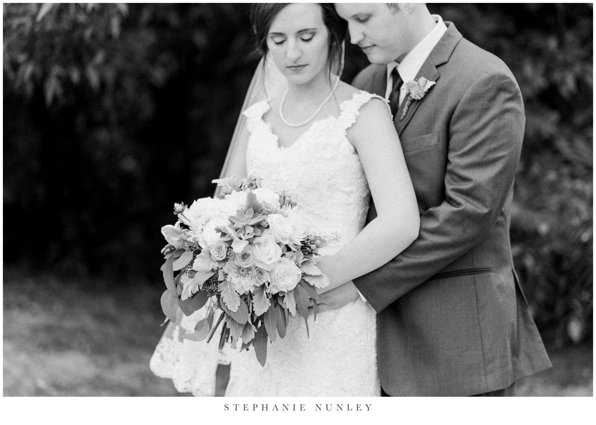 arkansas-outdoor-film-inspired-wedding-0029-3.jpg