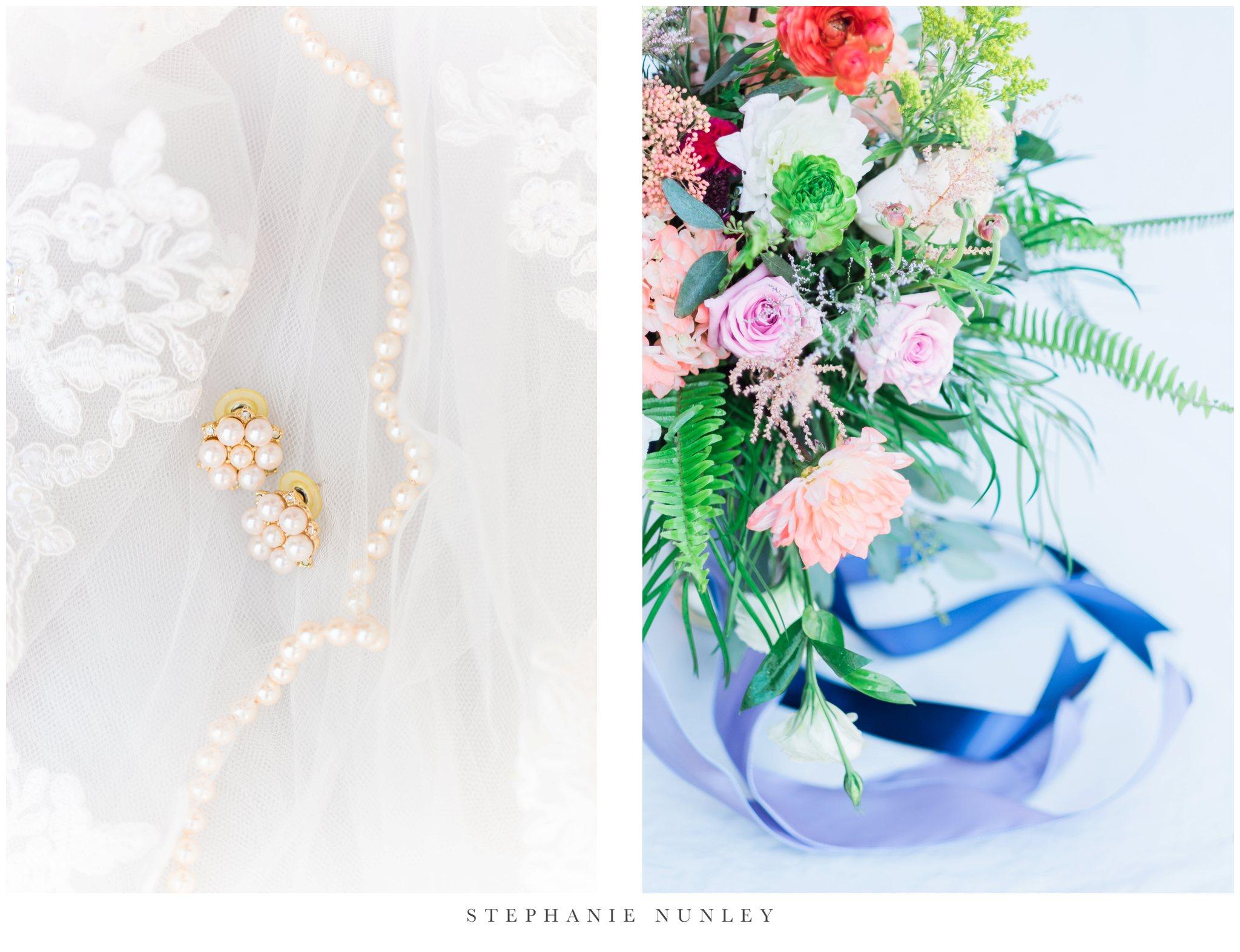 arkansas-wedding-with-lush-wildflower-bouquet-0010.jpg