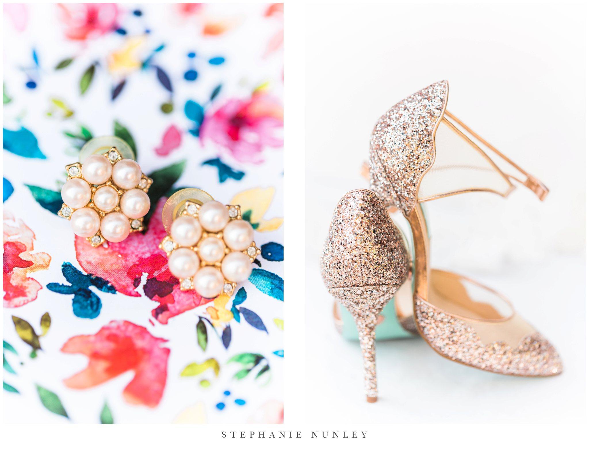arkansas-wedding-with-lush-wildflower-bouquet-0006.jpg