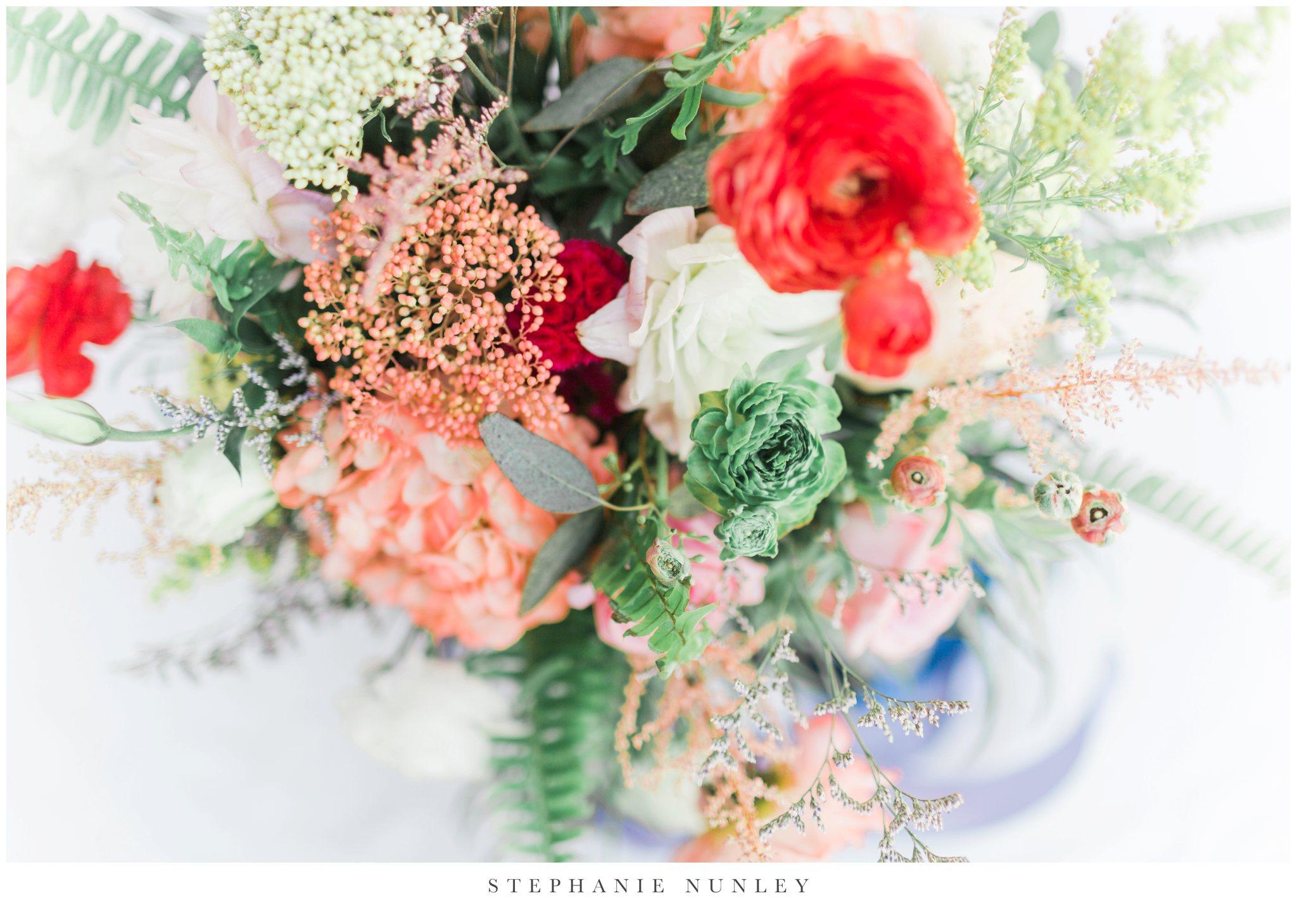 arkansas-wedding-with-lush-wildflower-bouquet-0022.jpg