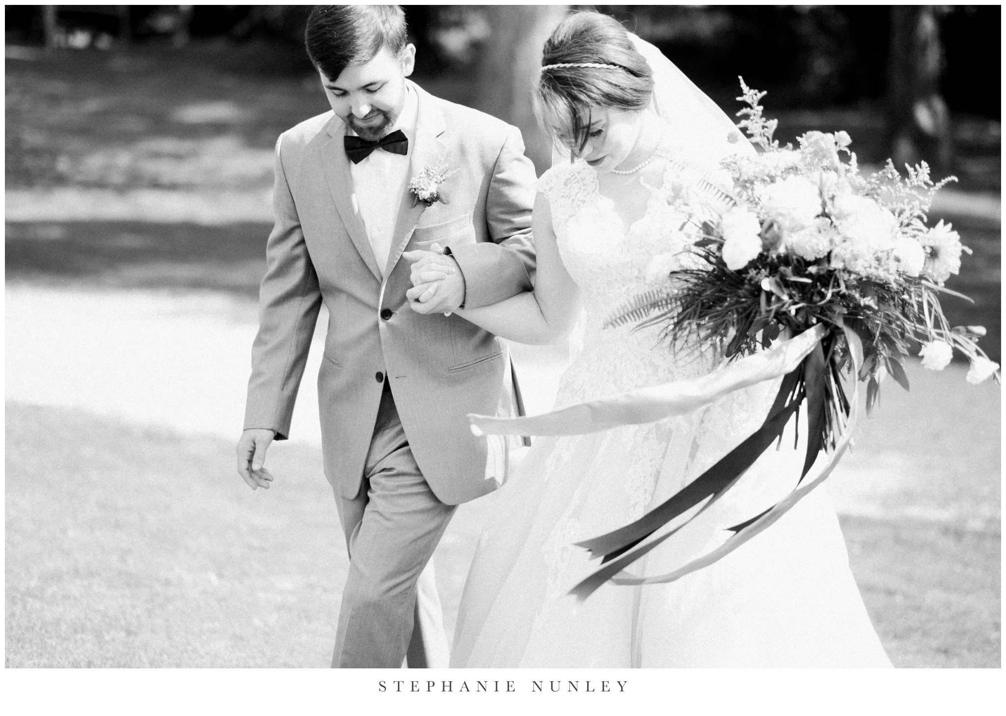 arkansas-wedding-with-lush-wildflower-bouquet-0061.jpg