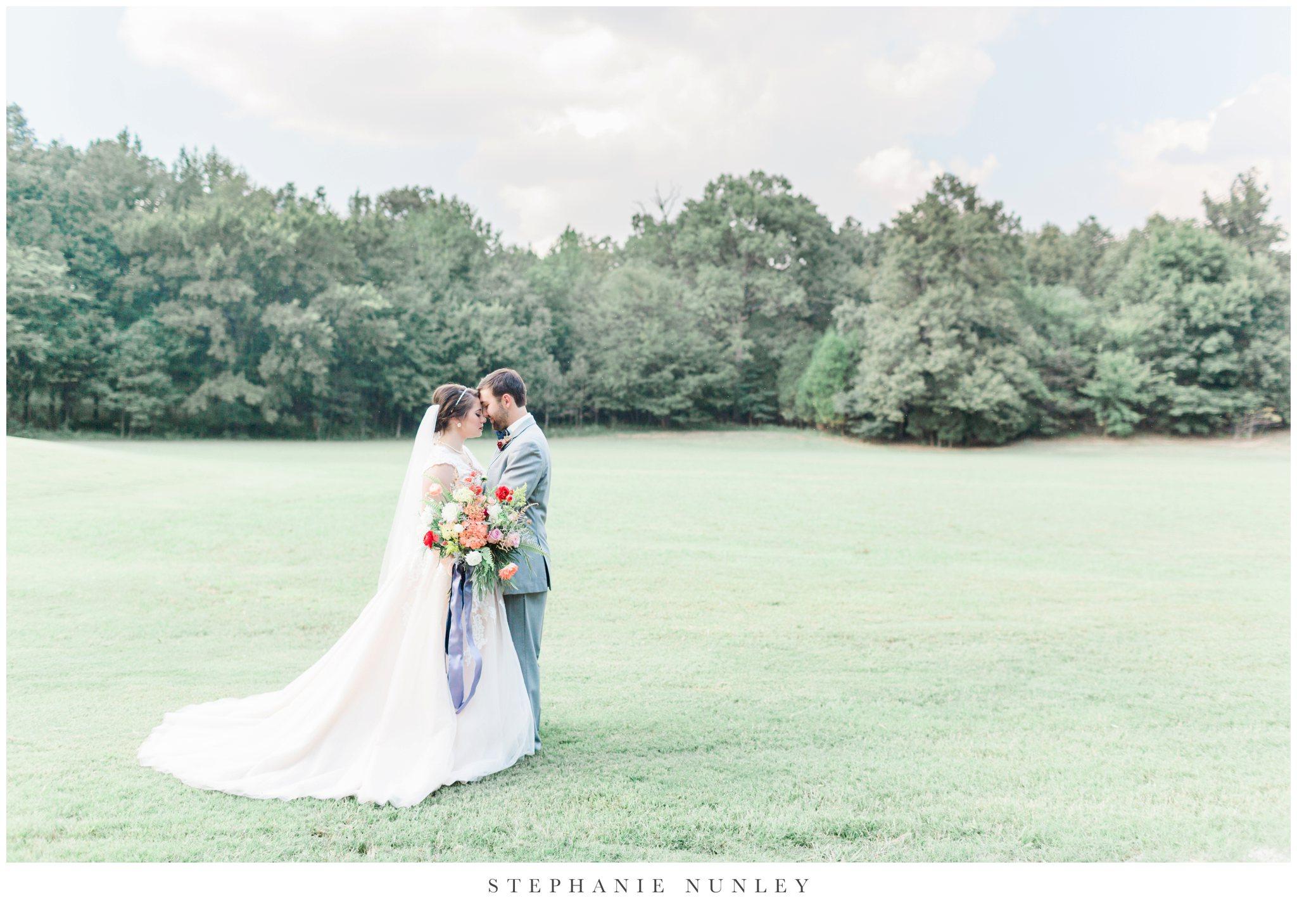 arkansas-wedding-with-lush-wildflower-bouquet-0082.jpg