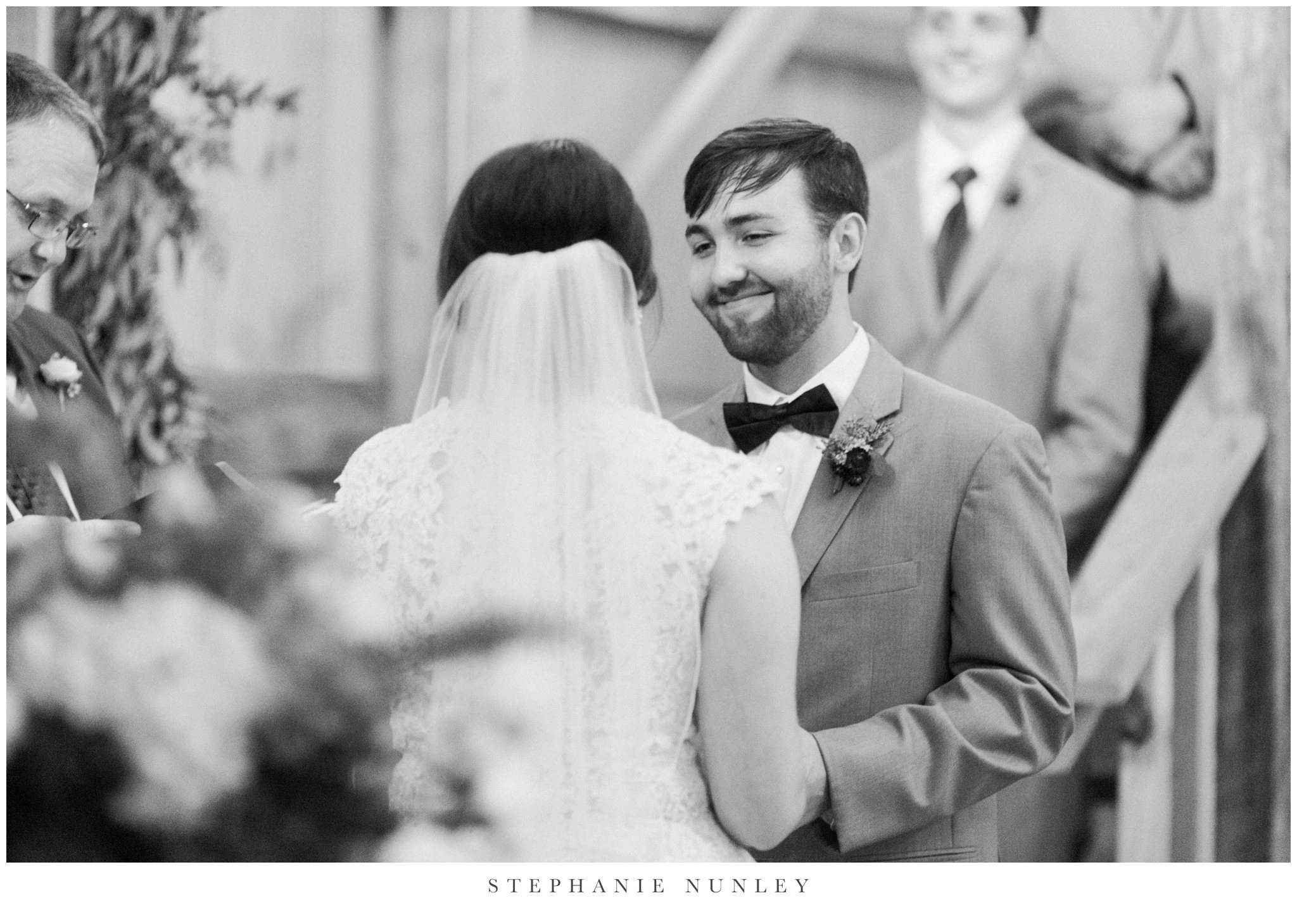 arkansas-wedding-with-lush-wildflower-bouquet-0100.jpg