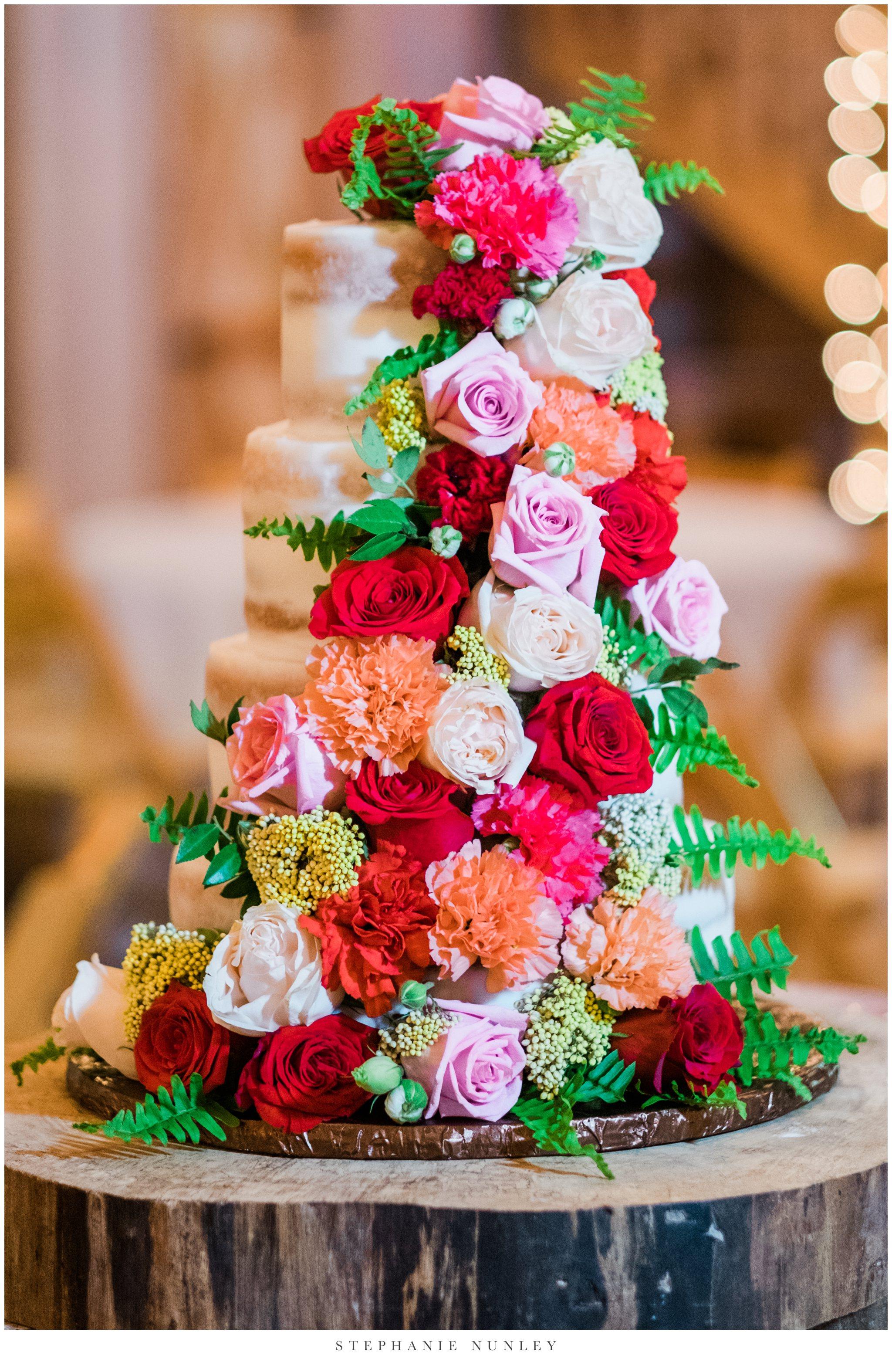 arkansas-wedding-with-lush-wildflower-bouquet-0111.jpg