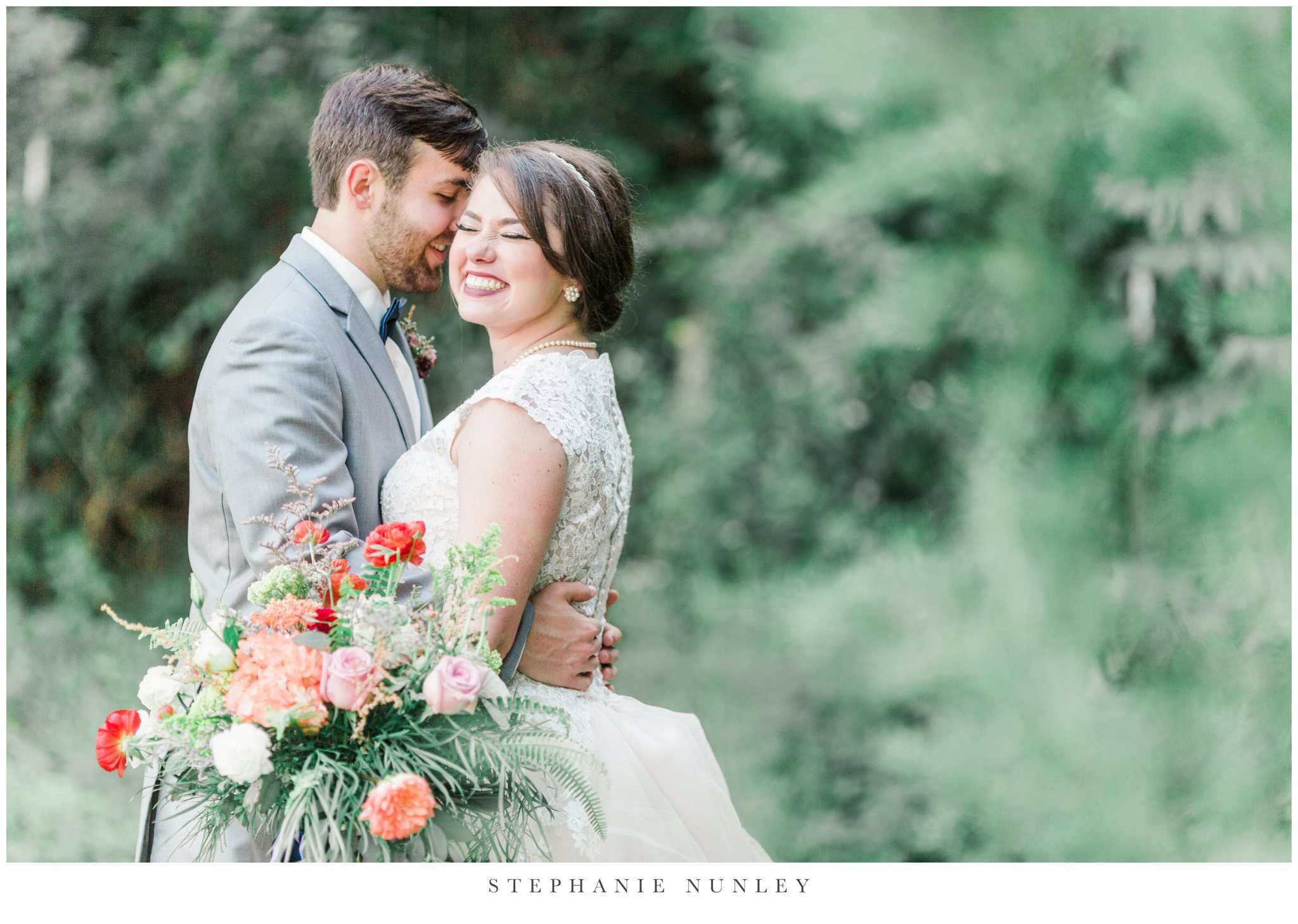 arkansas-wedding-with-lush-wildflower-bouquet-0121.jpg