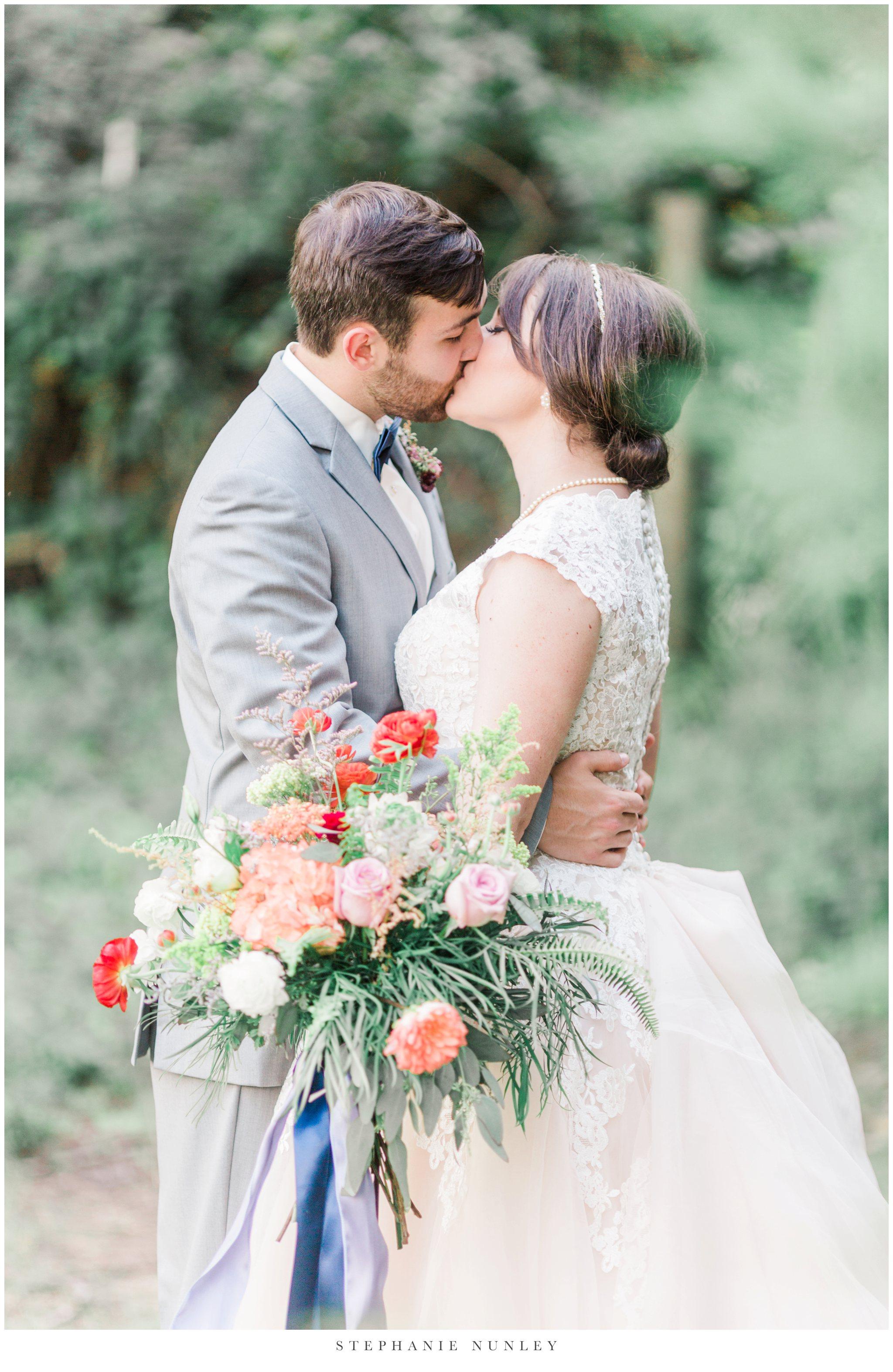 arkansas-wedding-with-lush-wildflower-bouquet-0123.jpg