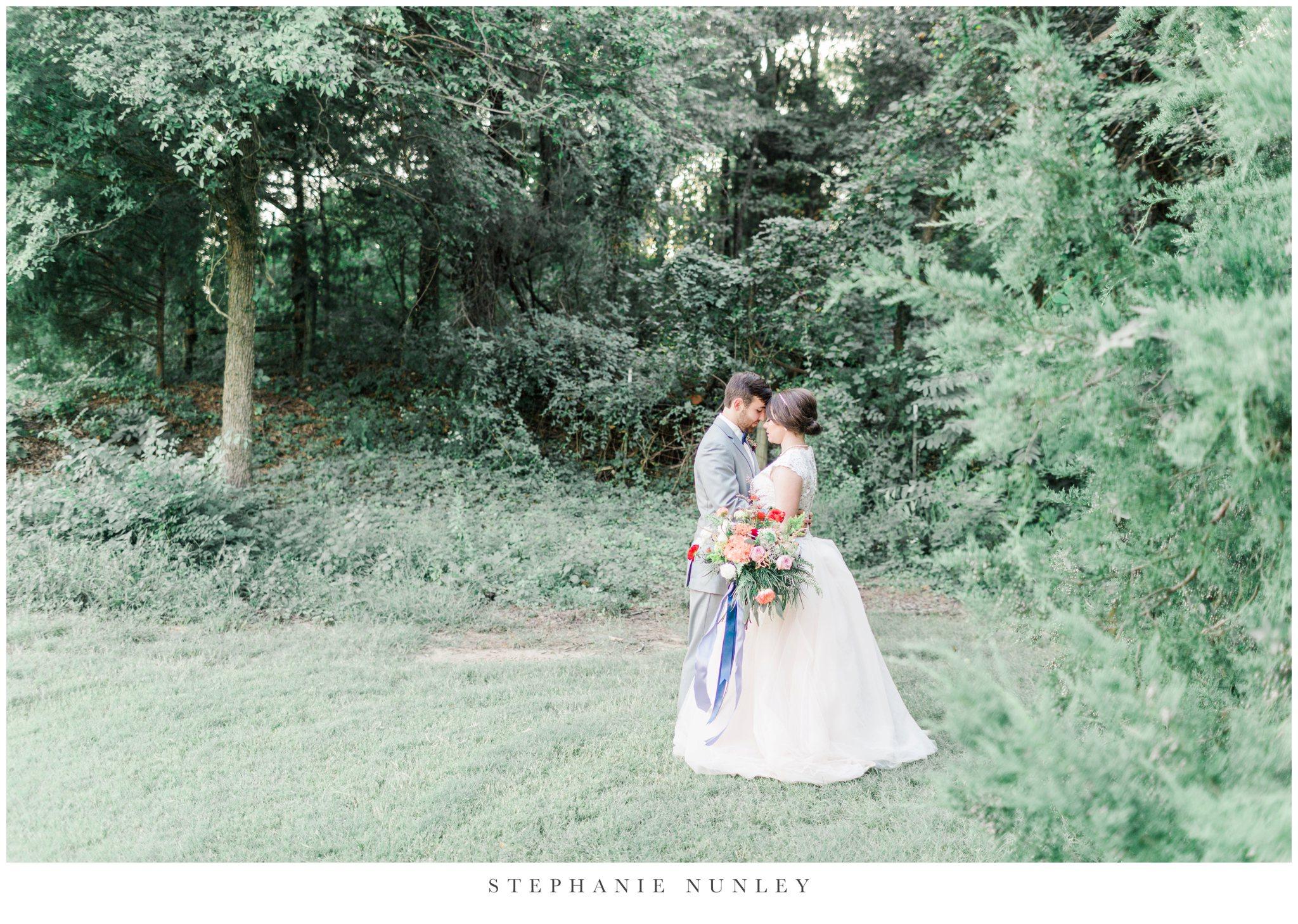 arkansas-wedding-with-lush-wildflower-bouquet-0124.jpg