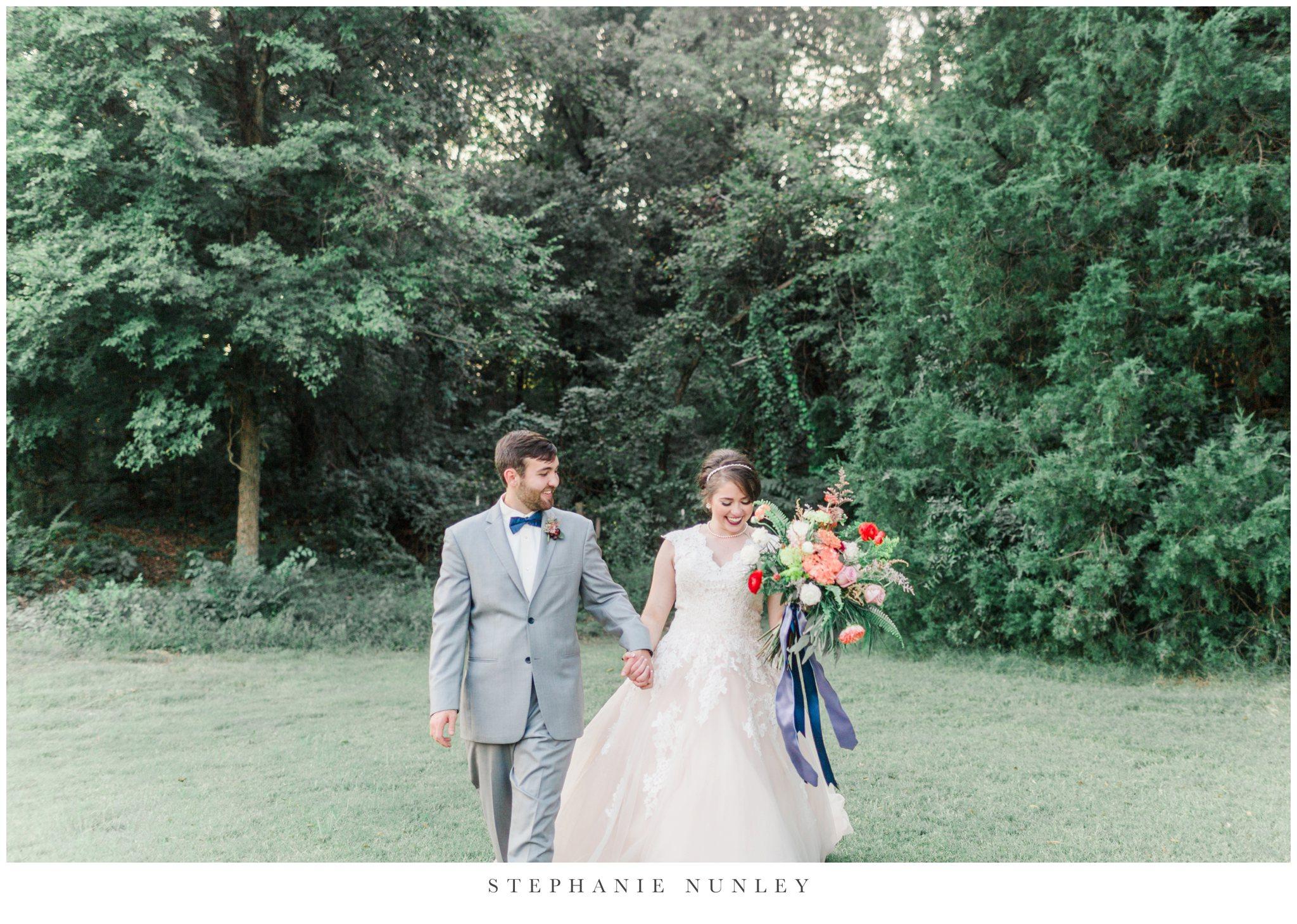 arkansas-wedding-with-lush-wildflower-bouquet-0128.jpg