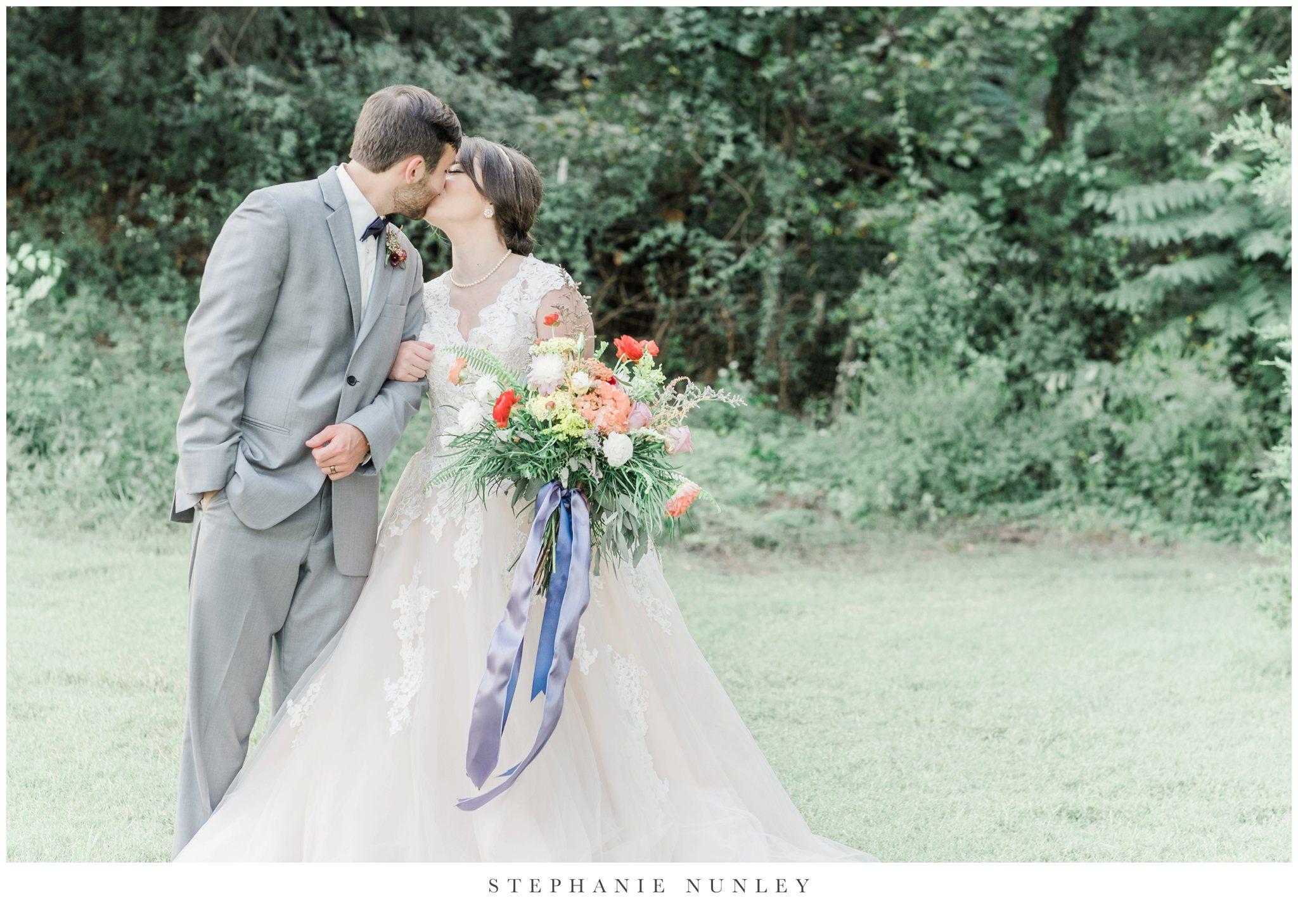 arkansas-wedding-with-lush-wildflower-bouquet-0132.jpg