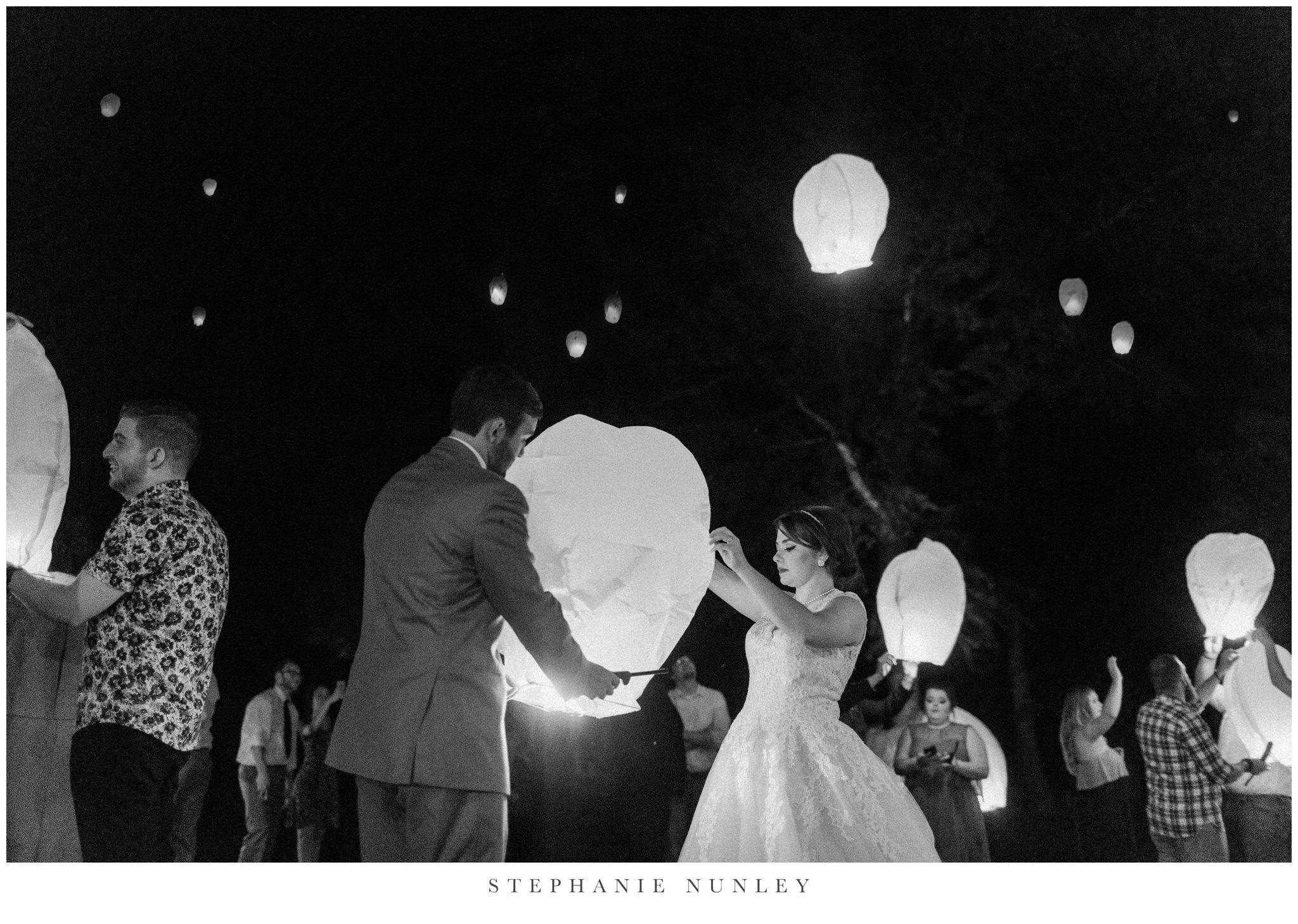 arkansas-wedding-with-lush-wildflower-bouquet-0148.jpg