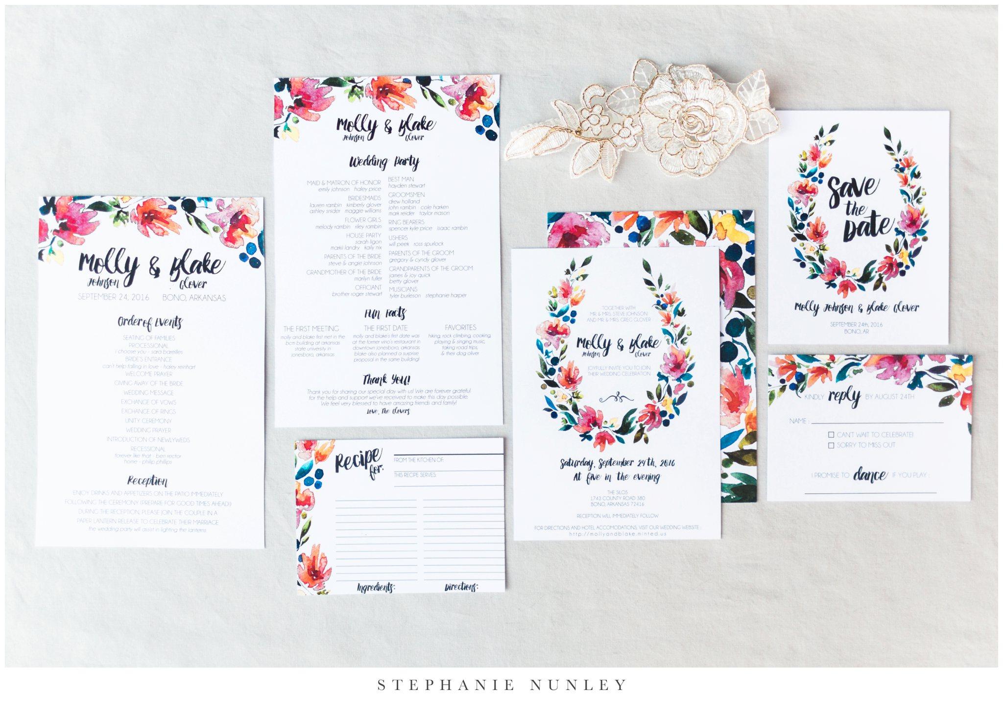 arkansas-wedding-with-lush-wildflower-bouquet-0002.jpg